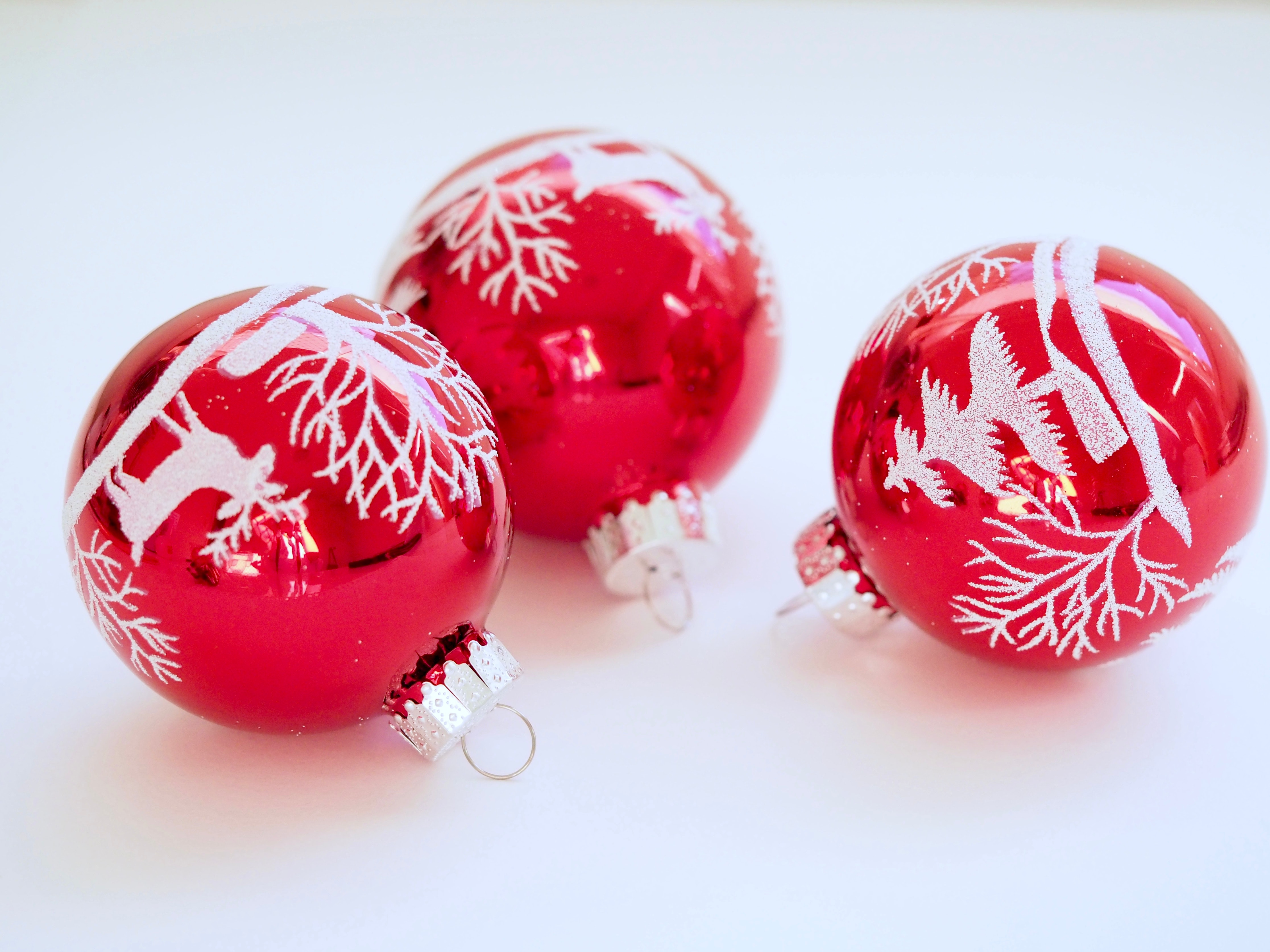 Three White-and-red Christmas Tree Printed Baubles, Ball, Design, Traditional, Sphere, HQ Photo