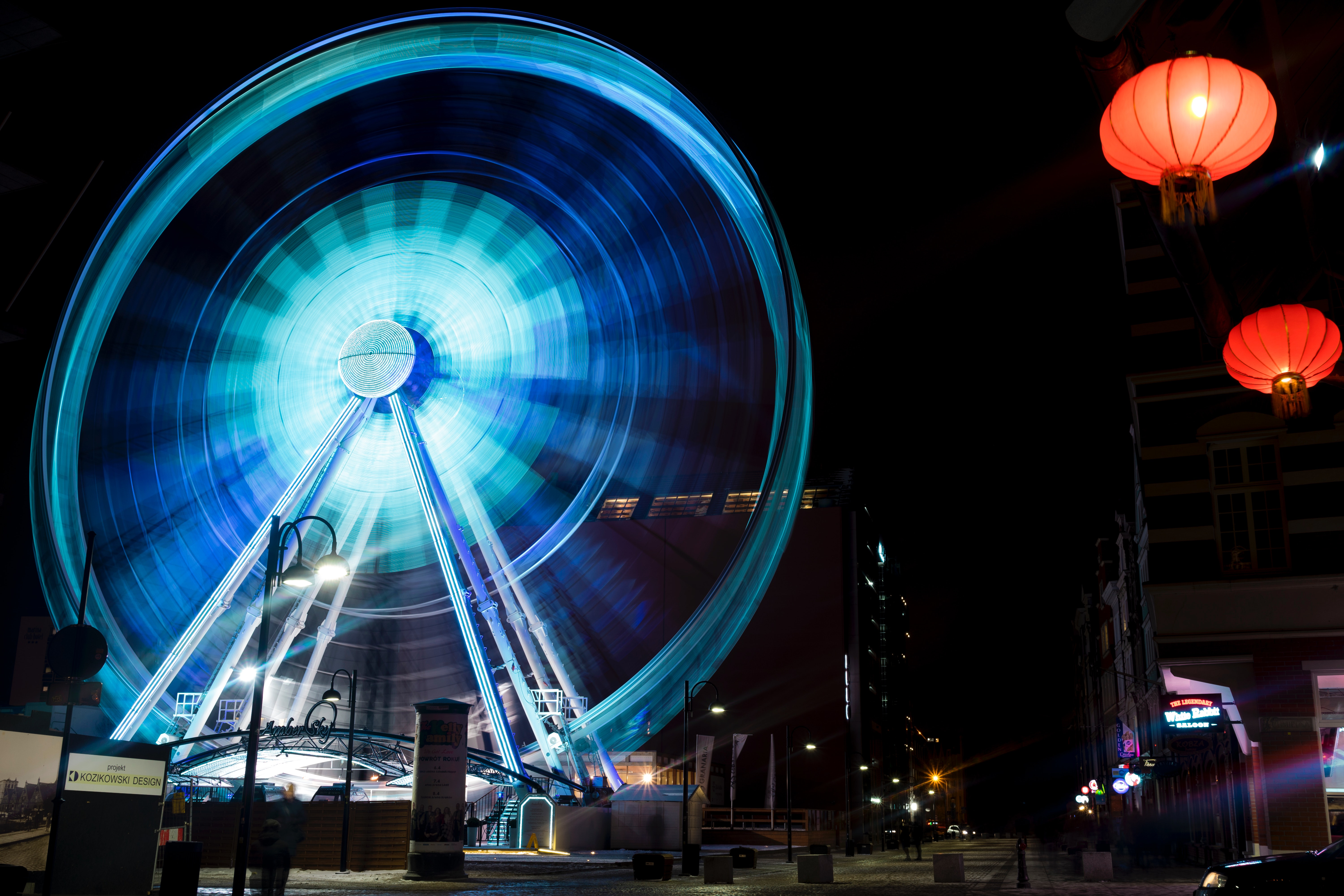 Time lapse photography of blue lighted ferries wheel