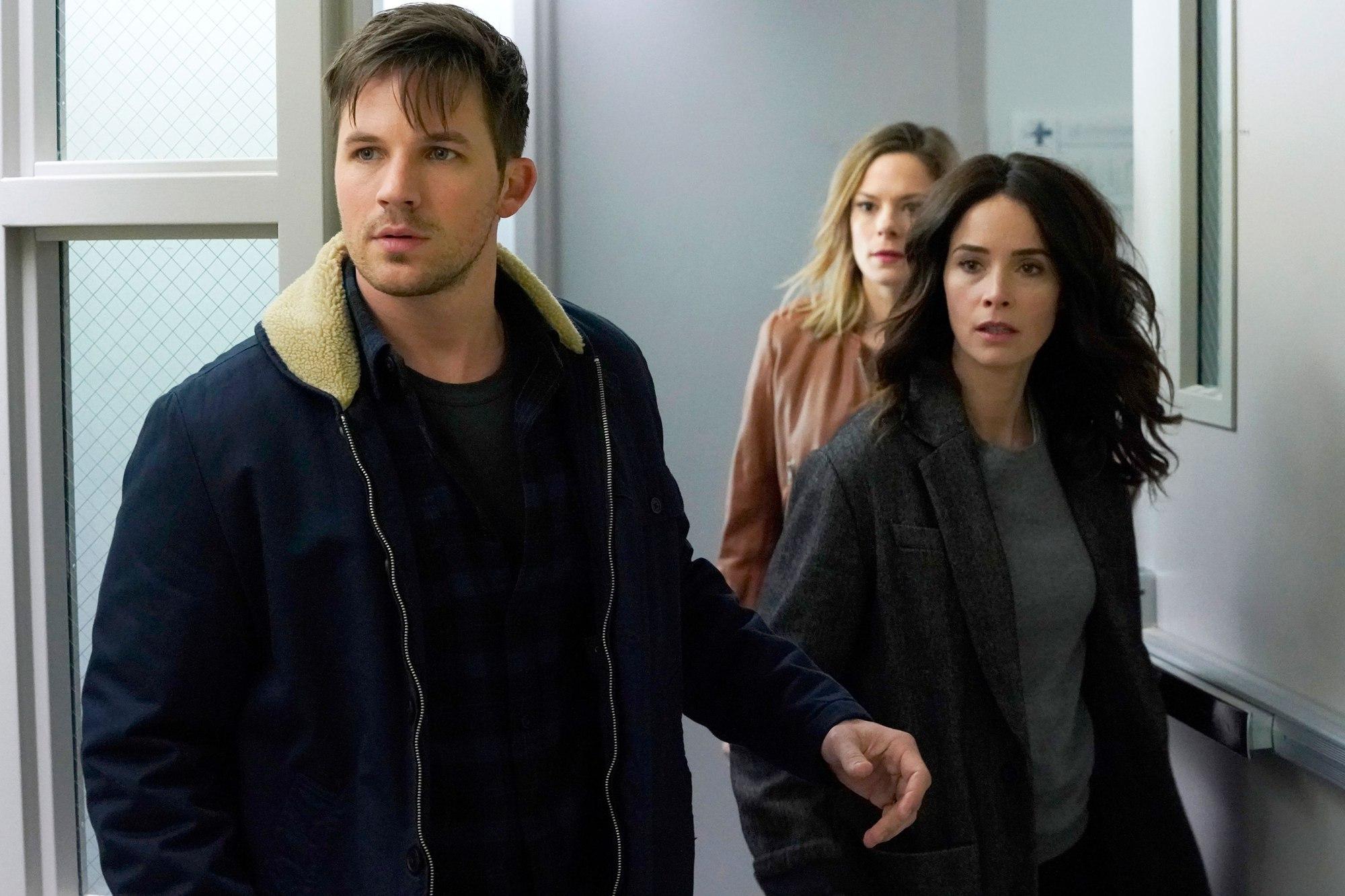 NBC gives 'Timeless' renewal update   EW.com