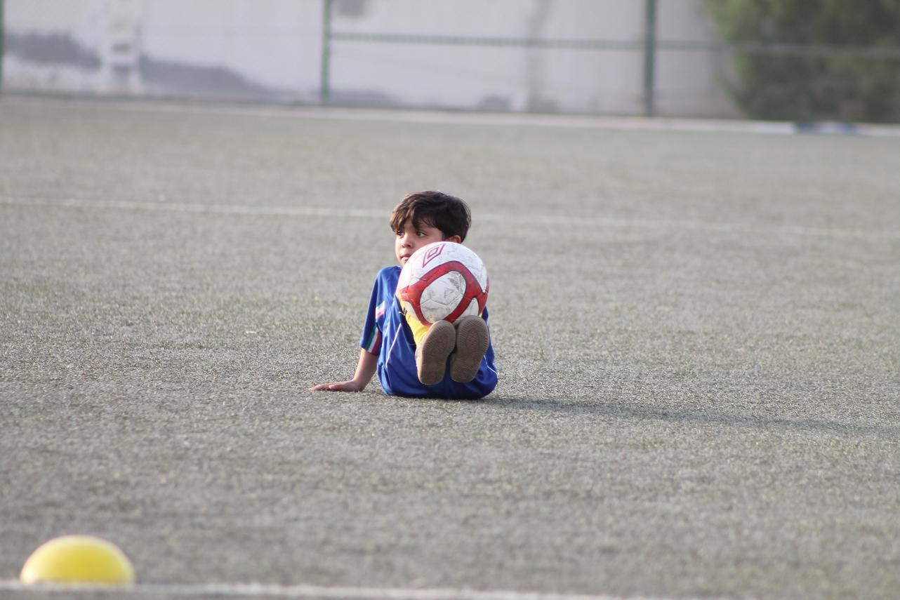 Tired child, Soccer, Soccer photos, Play, Tired, HQ Photo