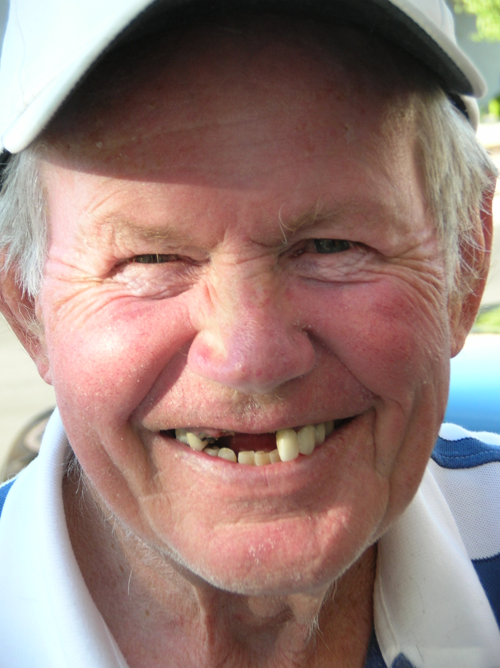 Toothless Lew, Funny, Grin, Male, Man, HQ Photo