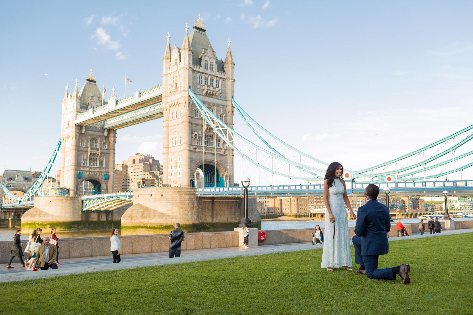 Lindsay + Von (Tower Bridge London Wedding Proposal) - Rajesh Taylor ...