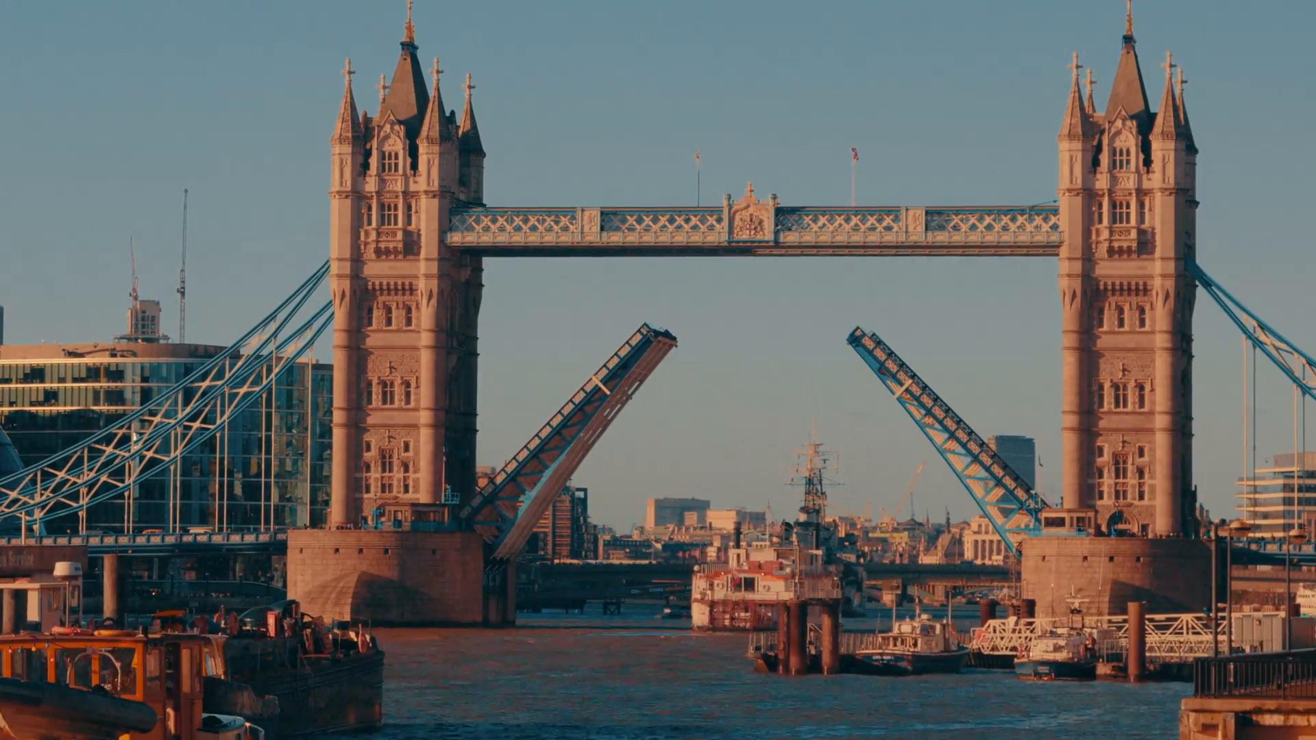 Daytime Close-up Shot of Tower Bridge London Lift Opening Stock ...