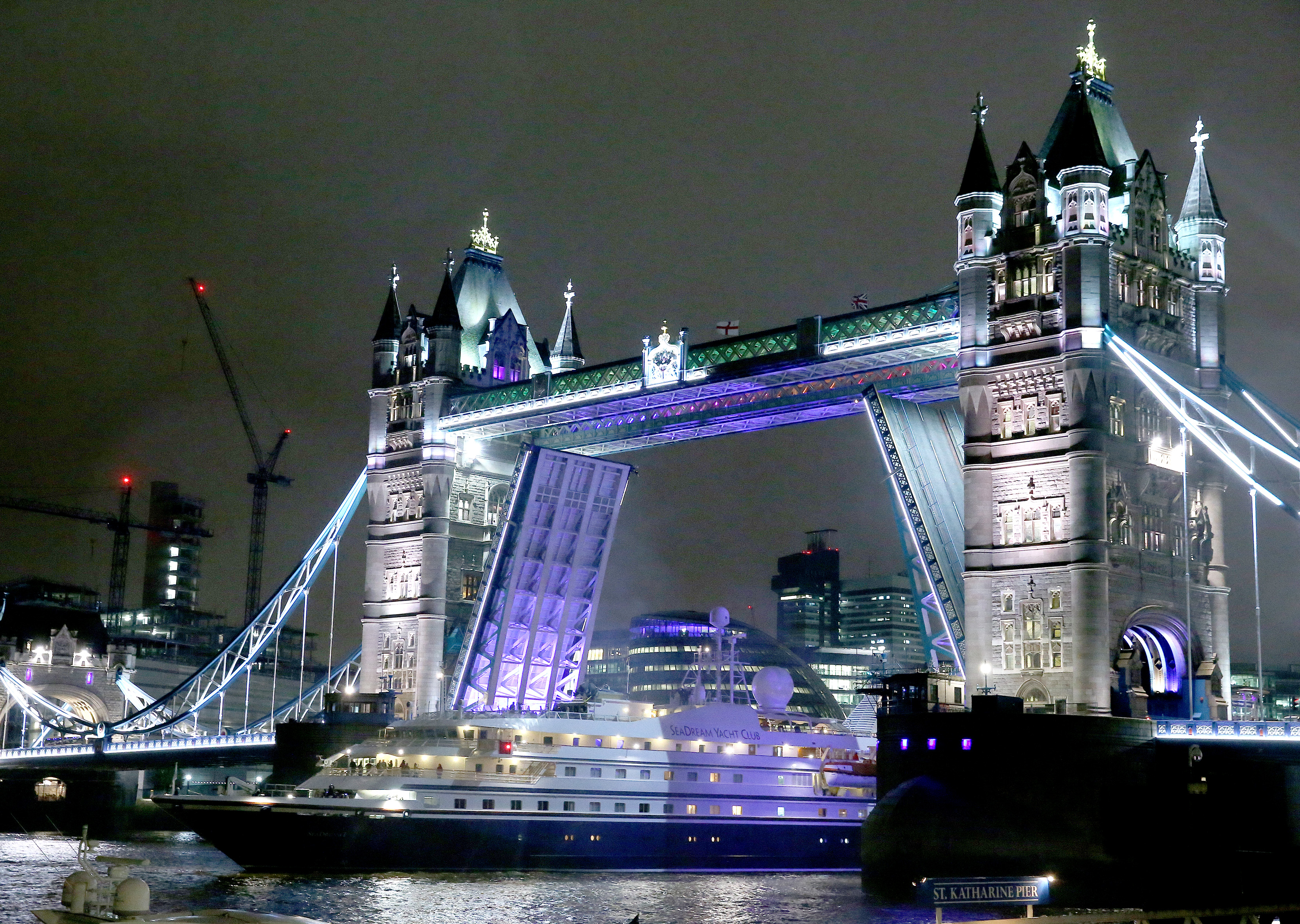 Exclusive ports | Tower Bridge cruise Port | The Cruise Line Blog