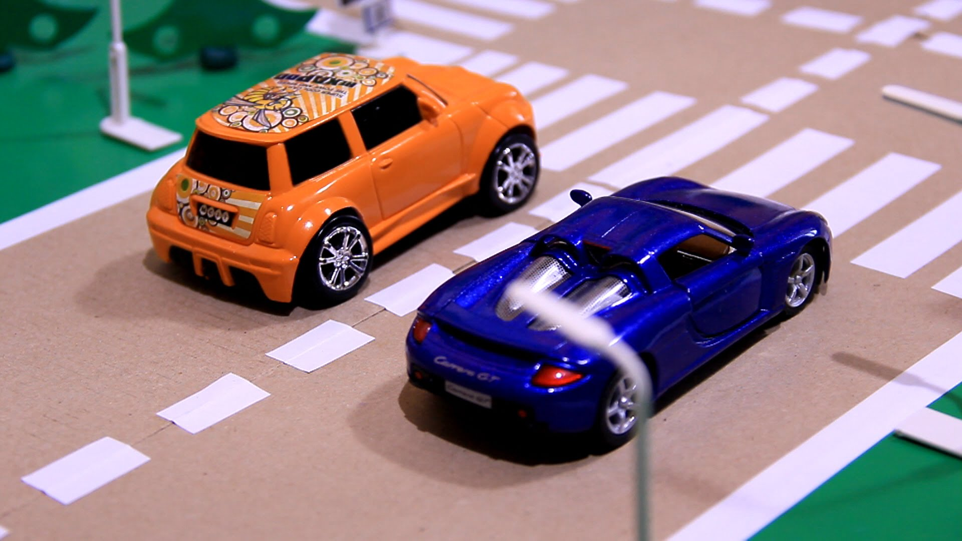 Cars Race & Crashes with Toy Racing Cars for Kids - YouTube