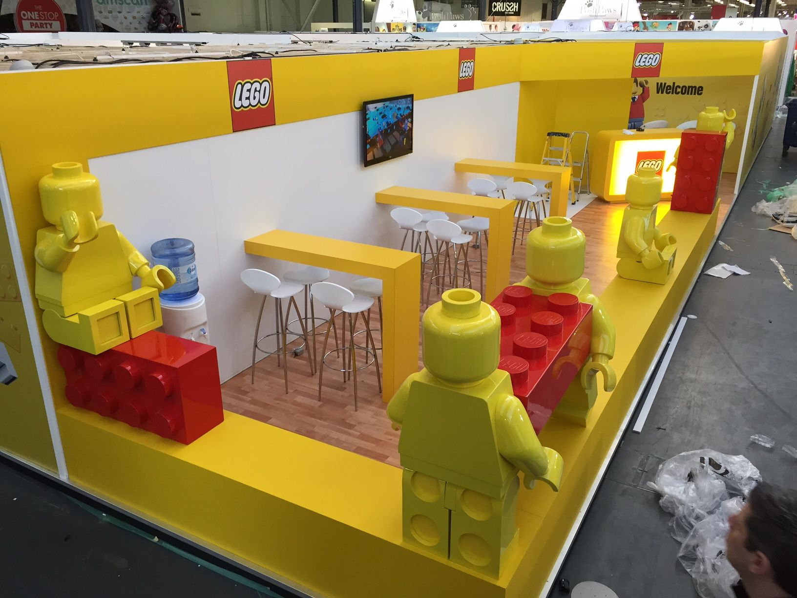 8 best TOY FAIR images on Pinterest | Stand design, Booth design and ...