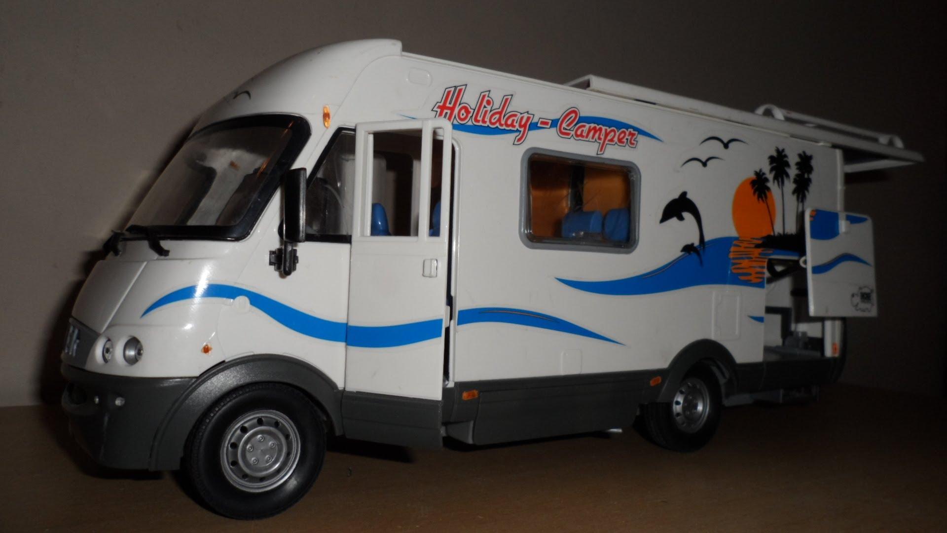 PLAYING WITH THE DICKIE TOYS camper van caravan truck - YouTube