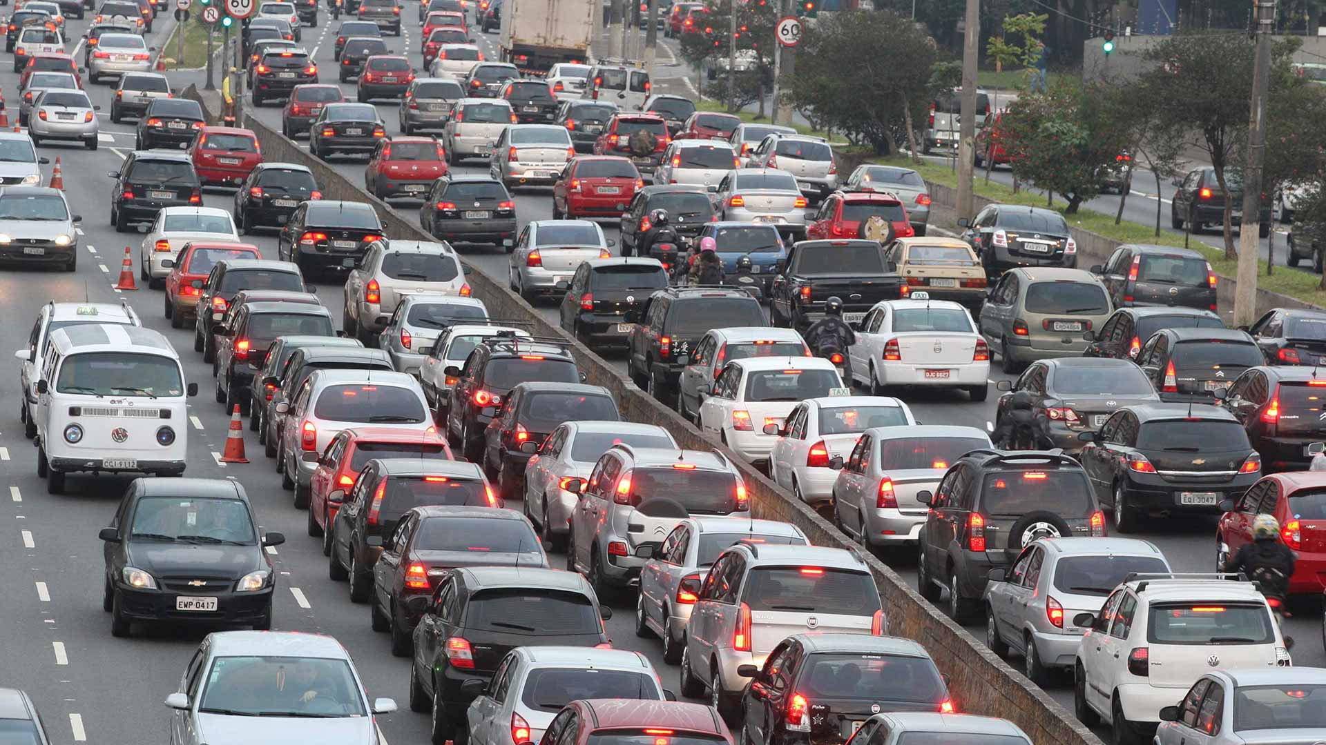 The 10 Biggest Traffic Jams Ever - The Drive