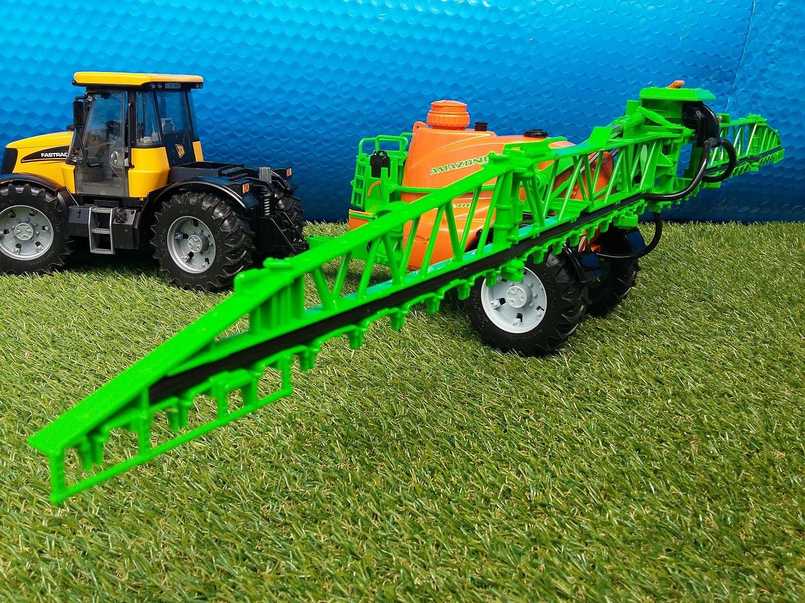 BRUDER AMAZONE UX 5200 - trailed field sprayer 02207 [UNWRAPPING ...