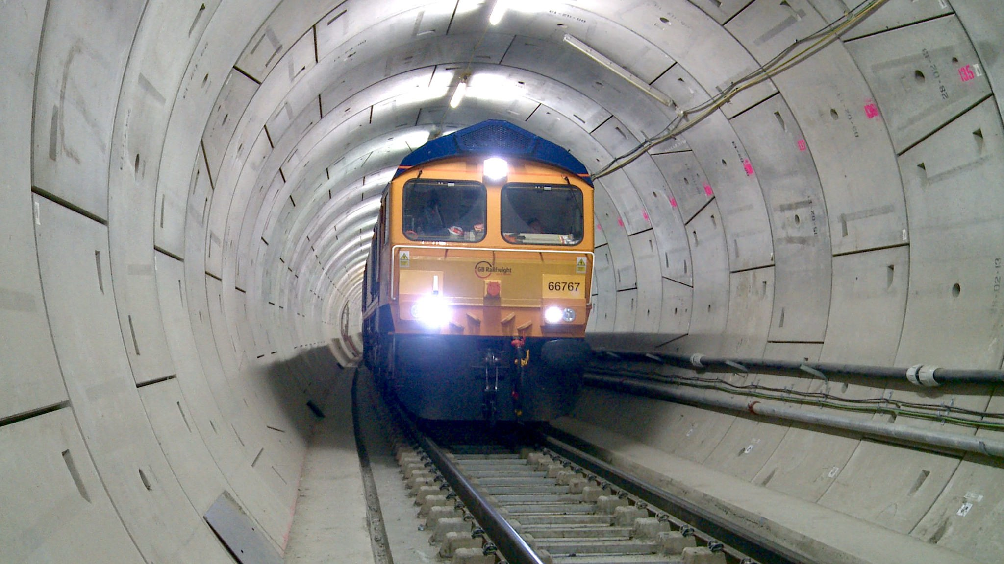 Here's How London Is Making Its Shiny New Tunnels Ready for Trains ...