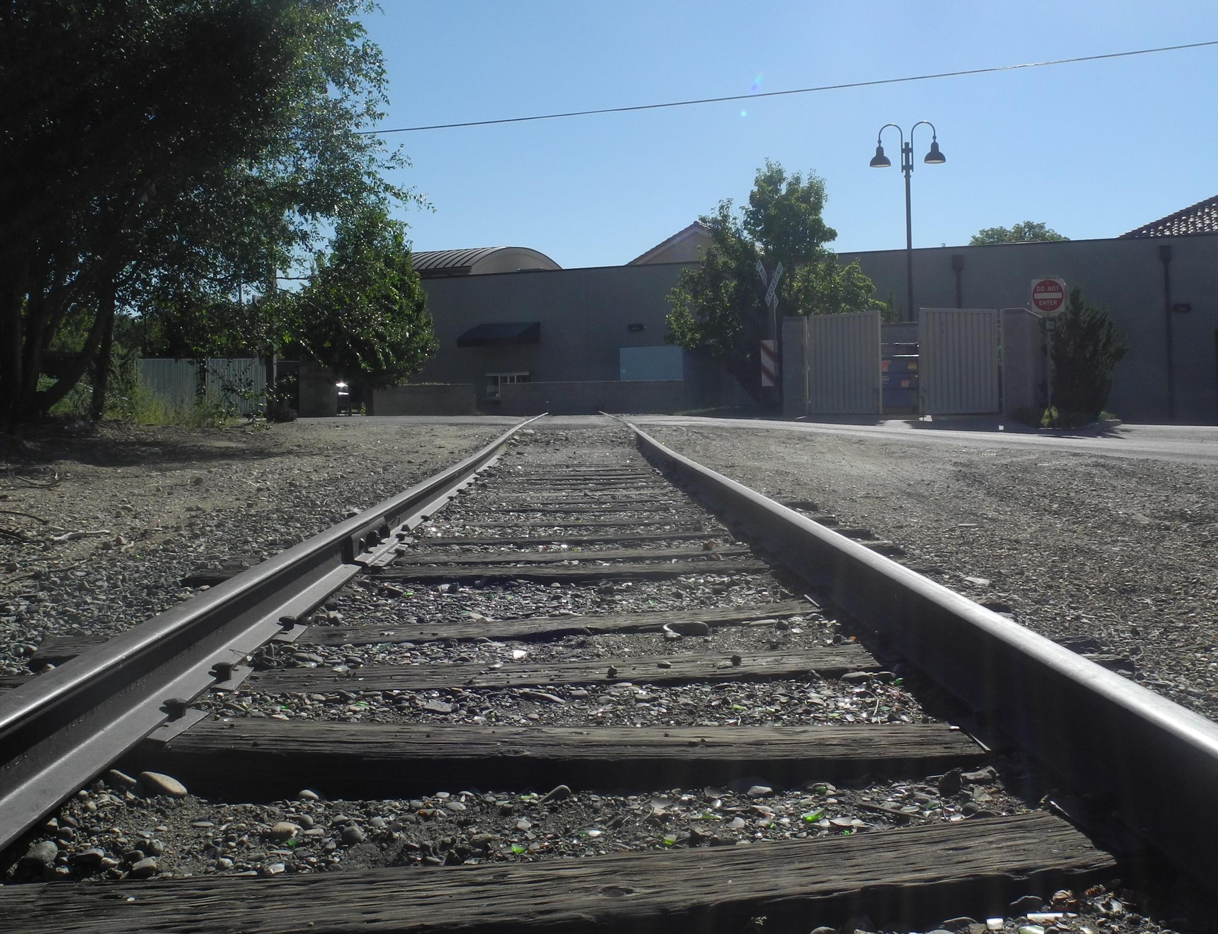 SPOTLIGHT: Why Working Train Tracks End At The Back Of A Boise ...