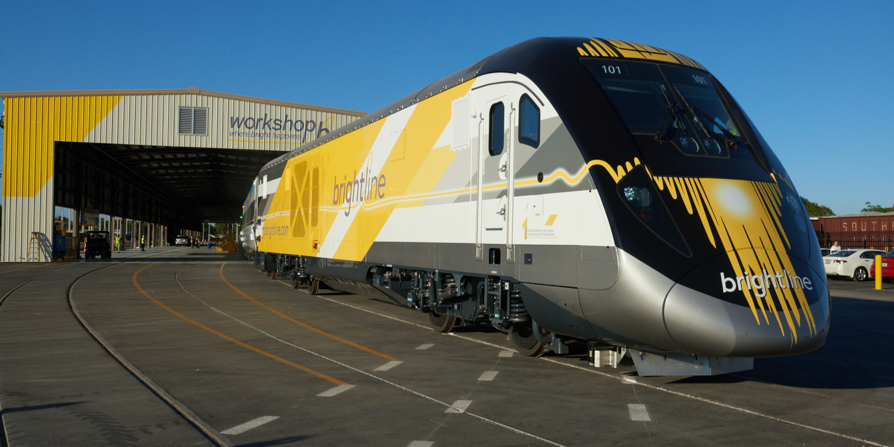 Brightline Reveals First Completed Trainset, Full of Innovations Set ...
