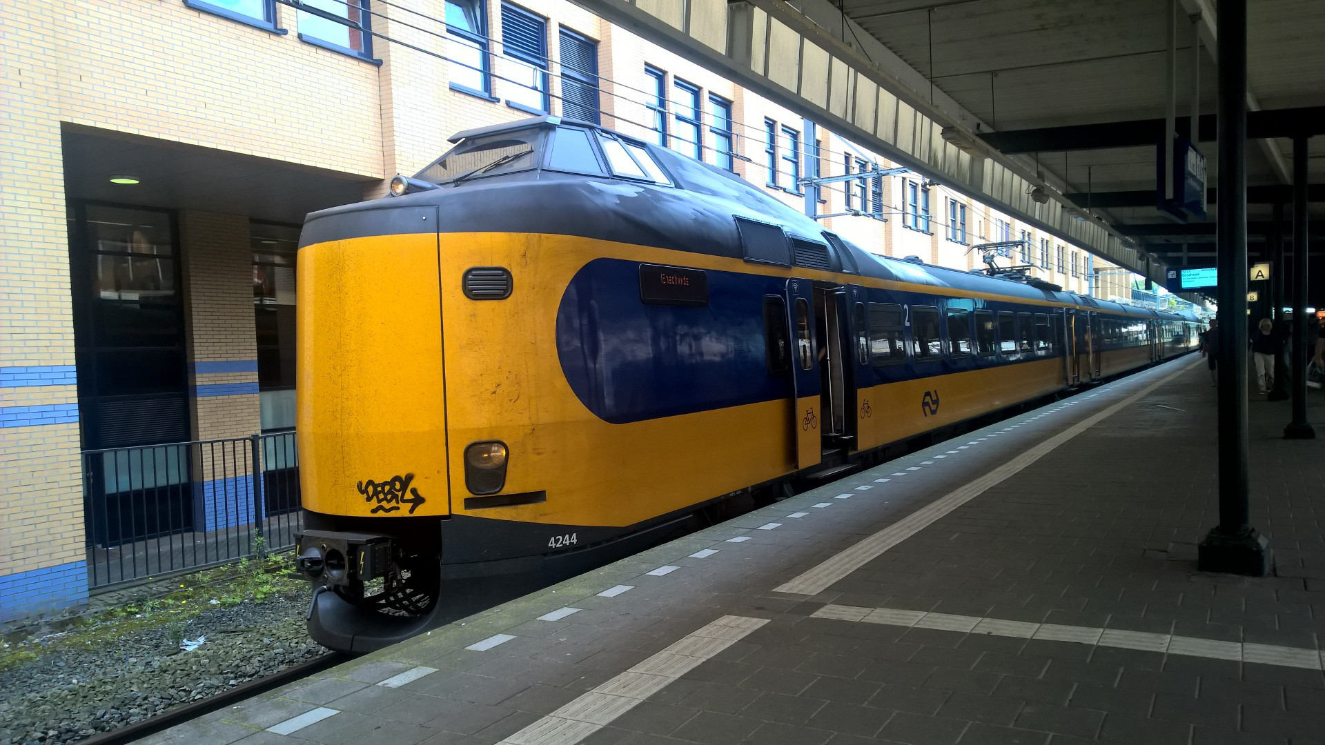 Train Travel in the Netherlands | travelux