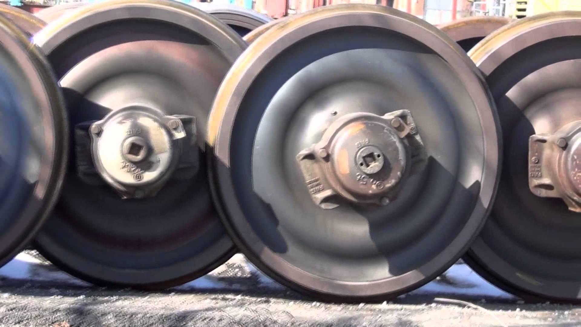 Train wheel photo