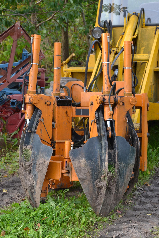 Tree transplant machinery