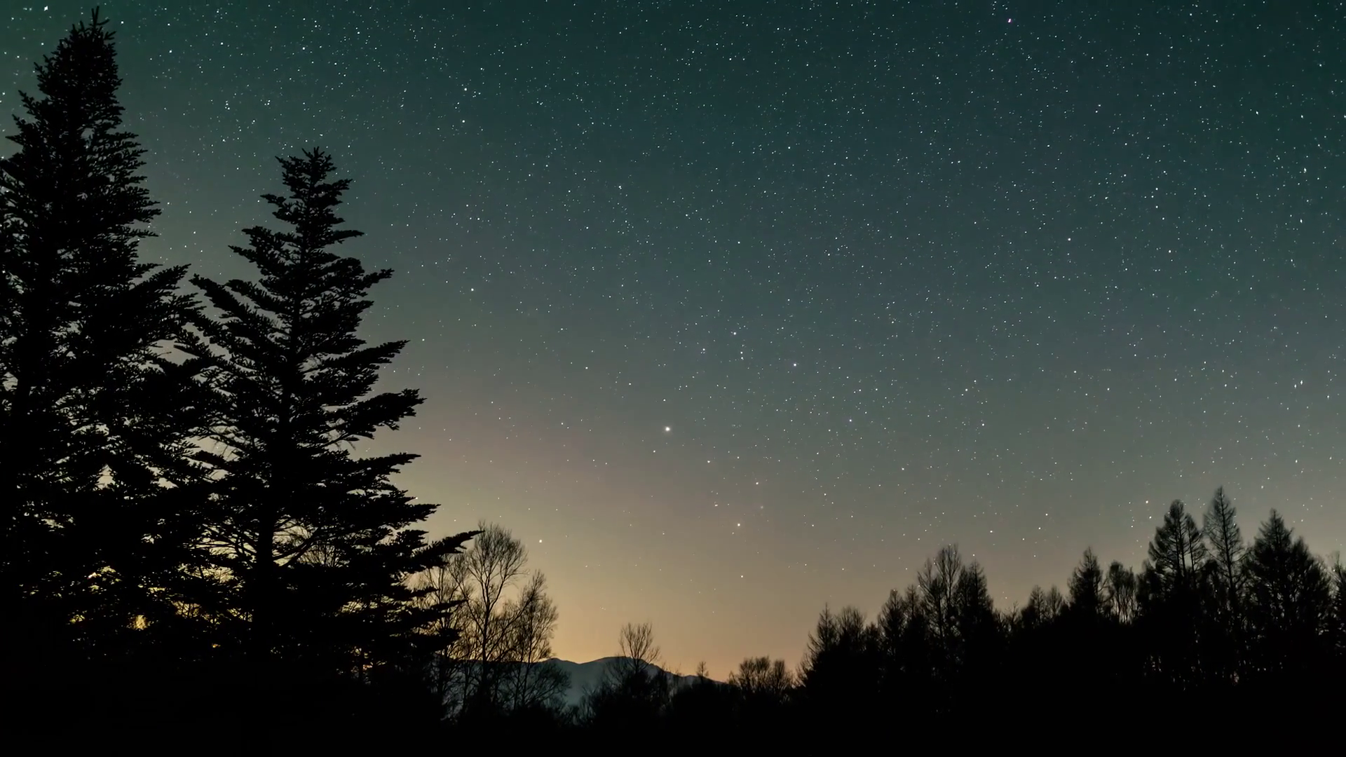 Timelapse of milky way with meteor shower and stars moving in night ...