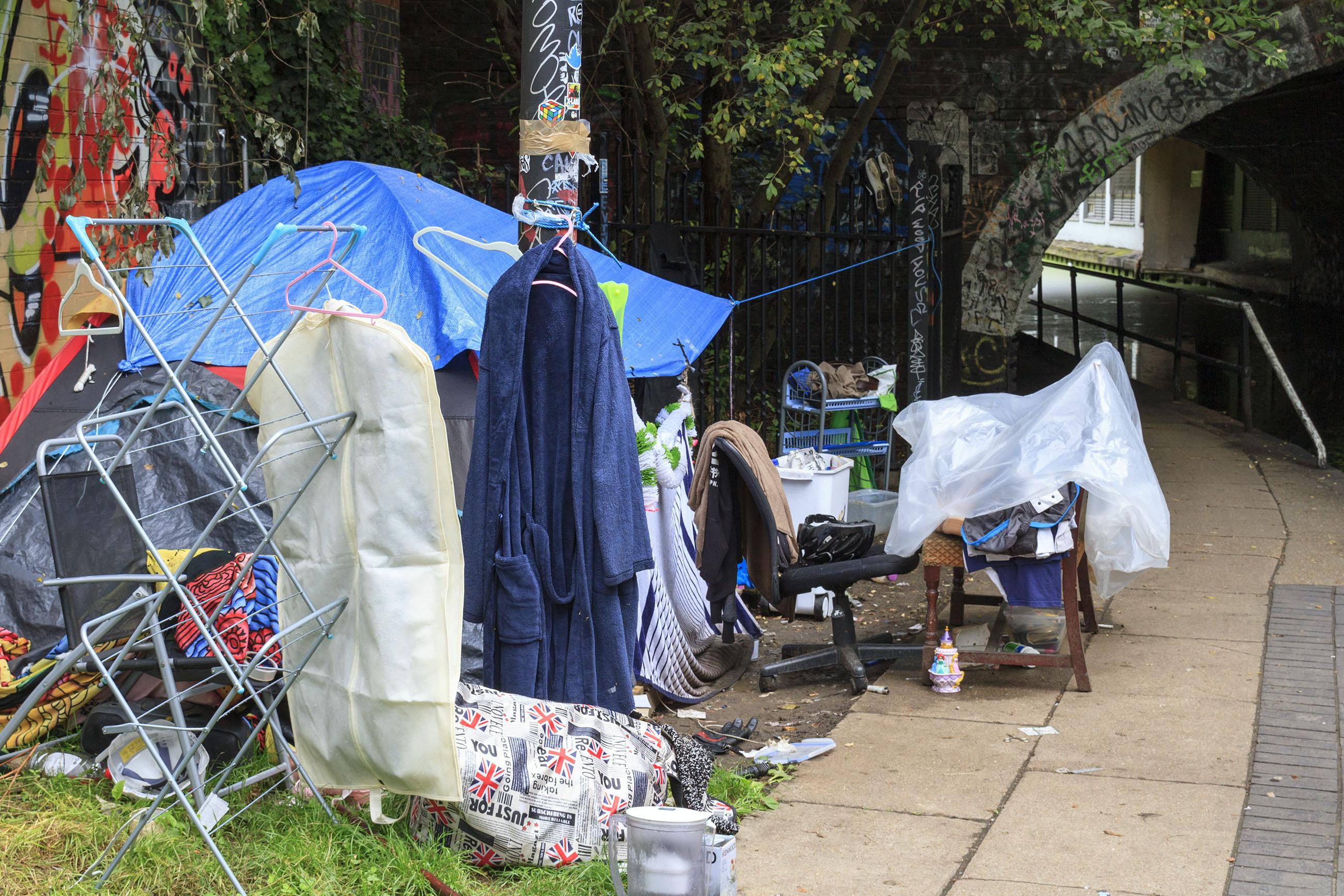 Trent suggesting homelessness, Alternative, Living, Urban, Uk, HQ Photo