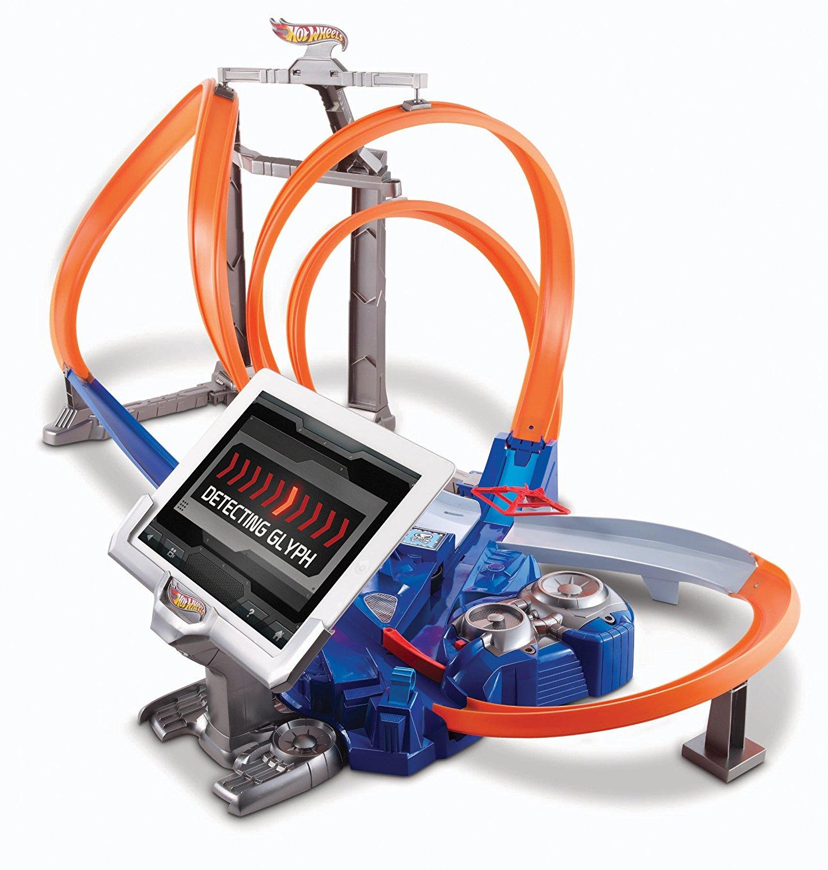 Amazon.com: Hot Wheels Triple Track Twister Track Set: Toys & Games