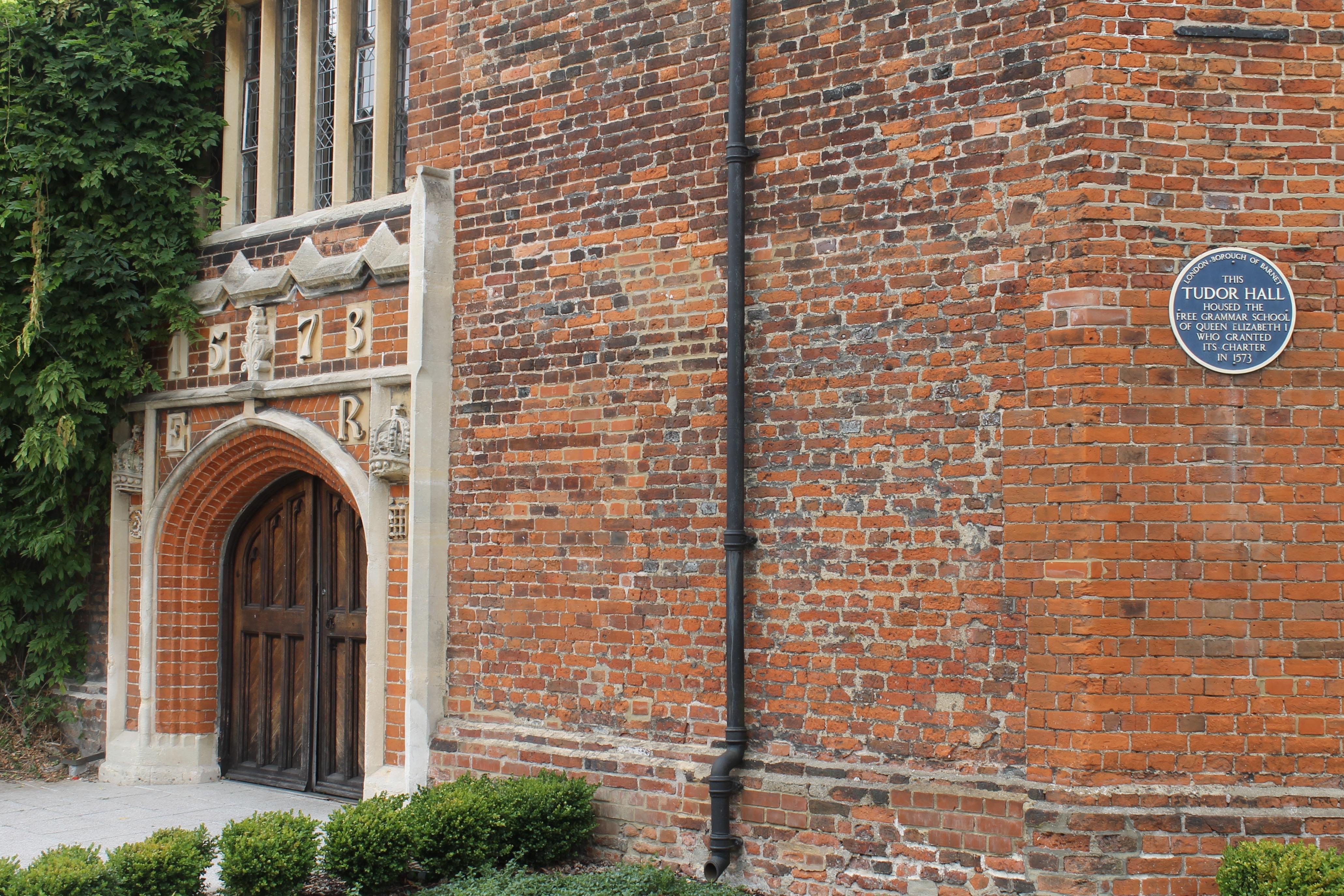 Tudor Hall // High Living Barnet