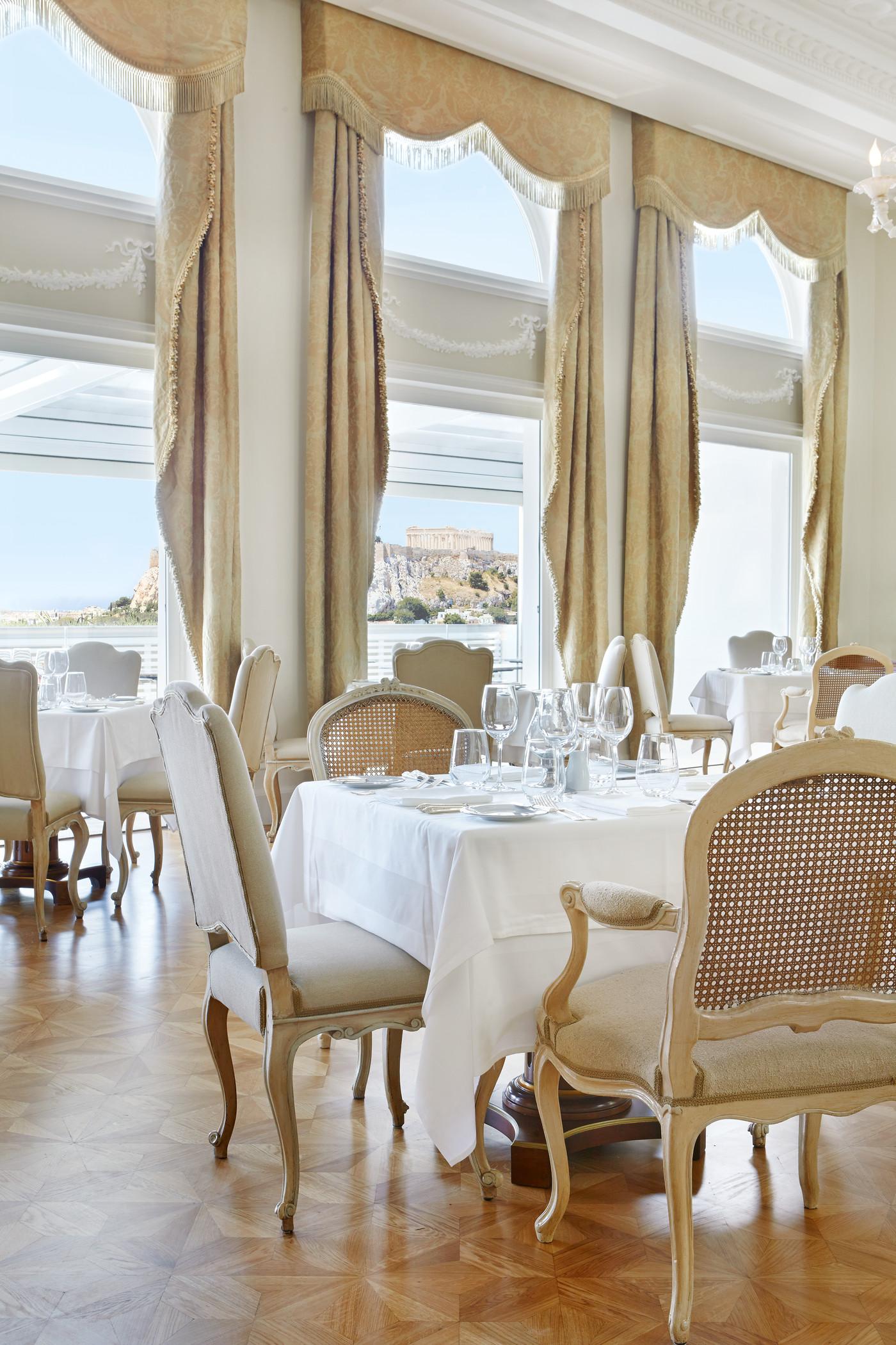 Tudor Hall Restaurant - XpatAthens.com