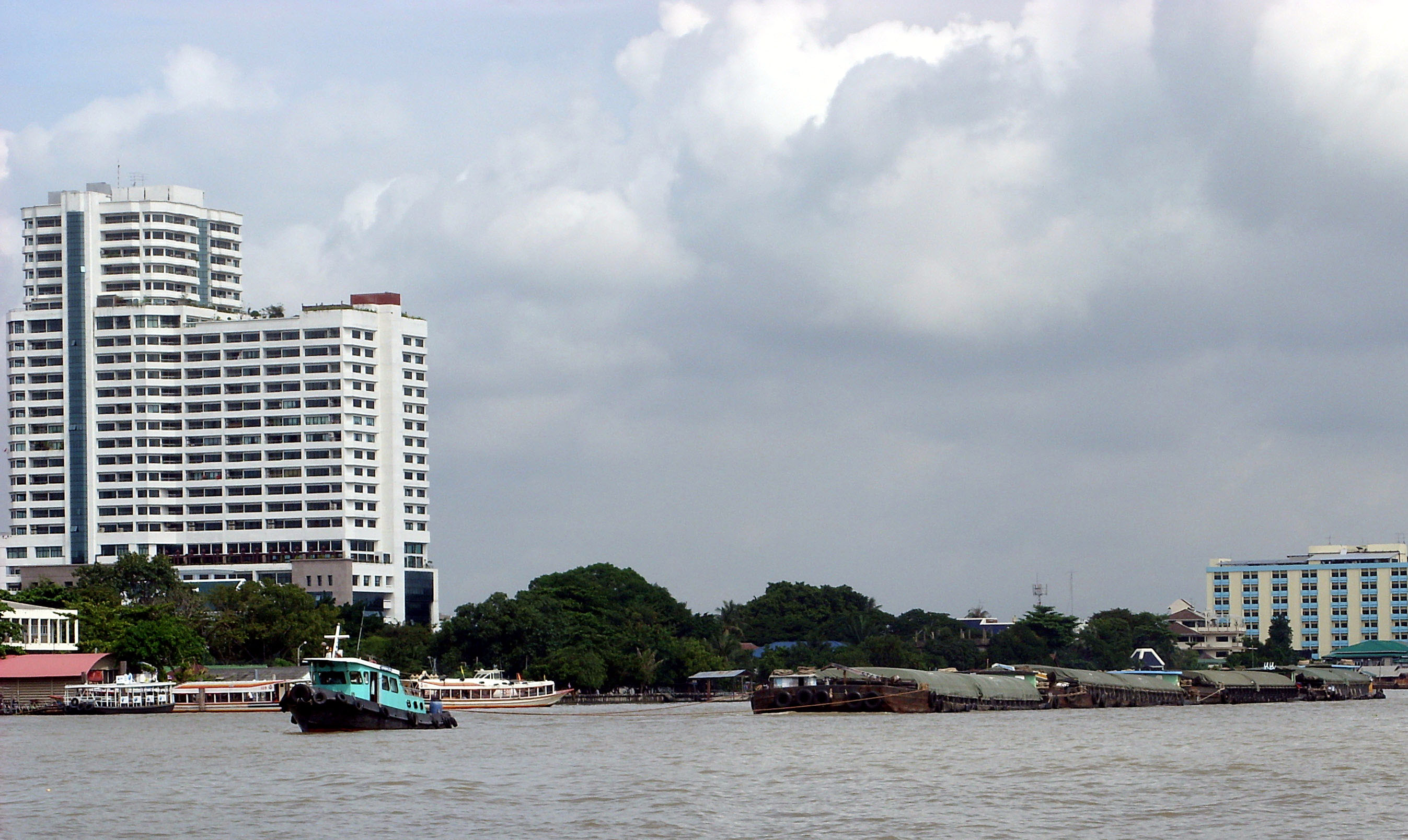 Tug and River barges, Bangkok, Chaophraya, River, Thai, HQ Photo