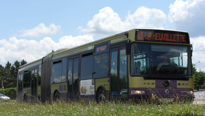 Tur - irisbus agora l n°818 - ligne a photo
