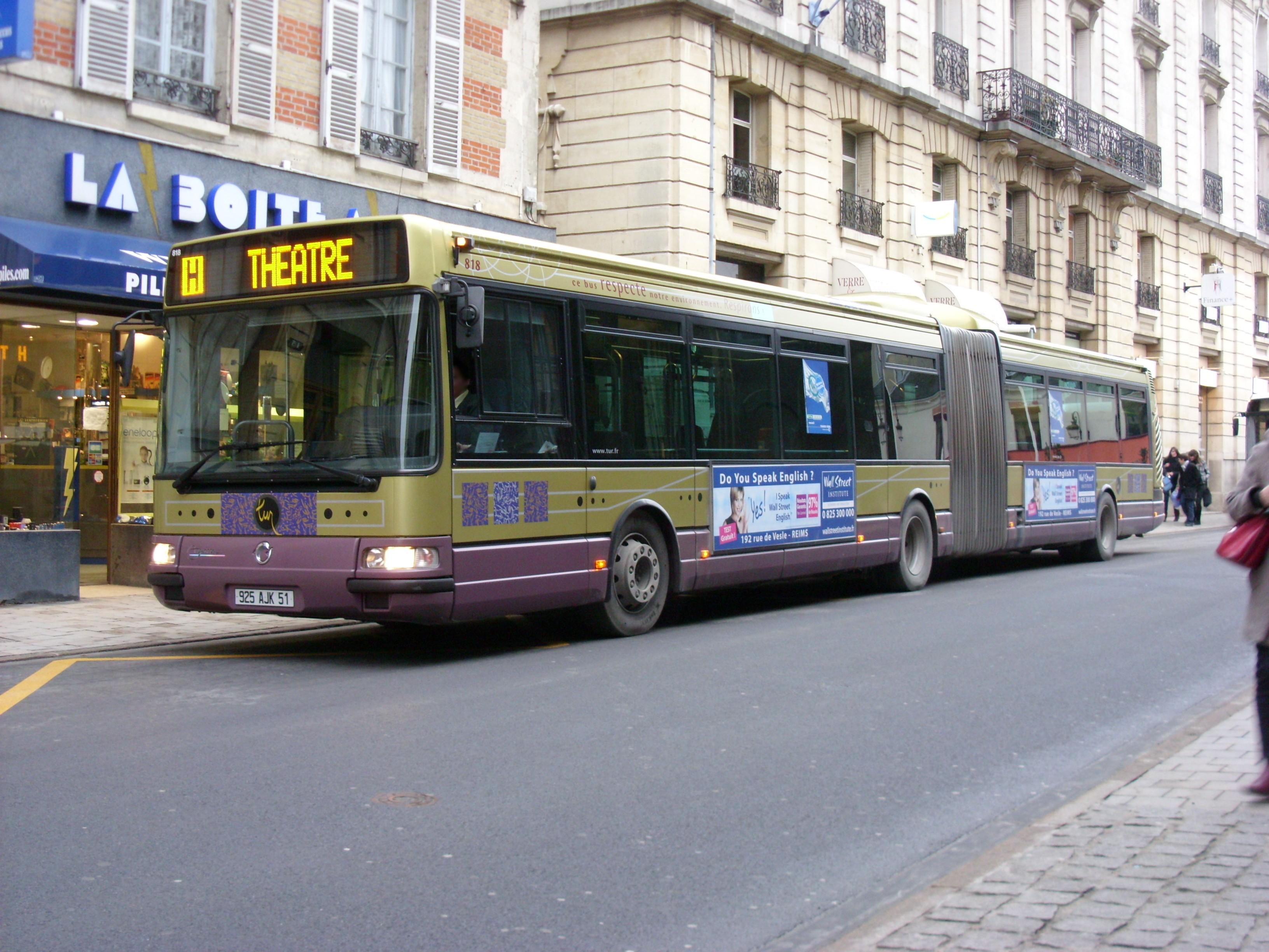 Tur - irisbus agora l n°818 - ligne h photo