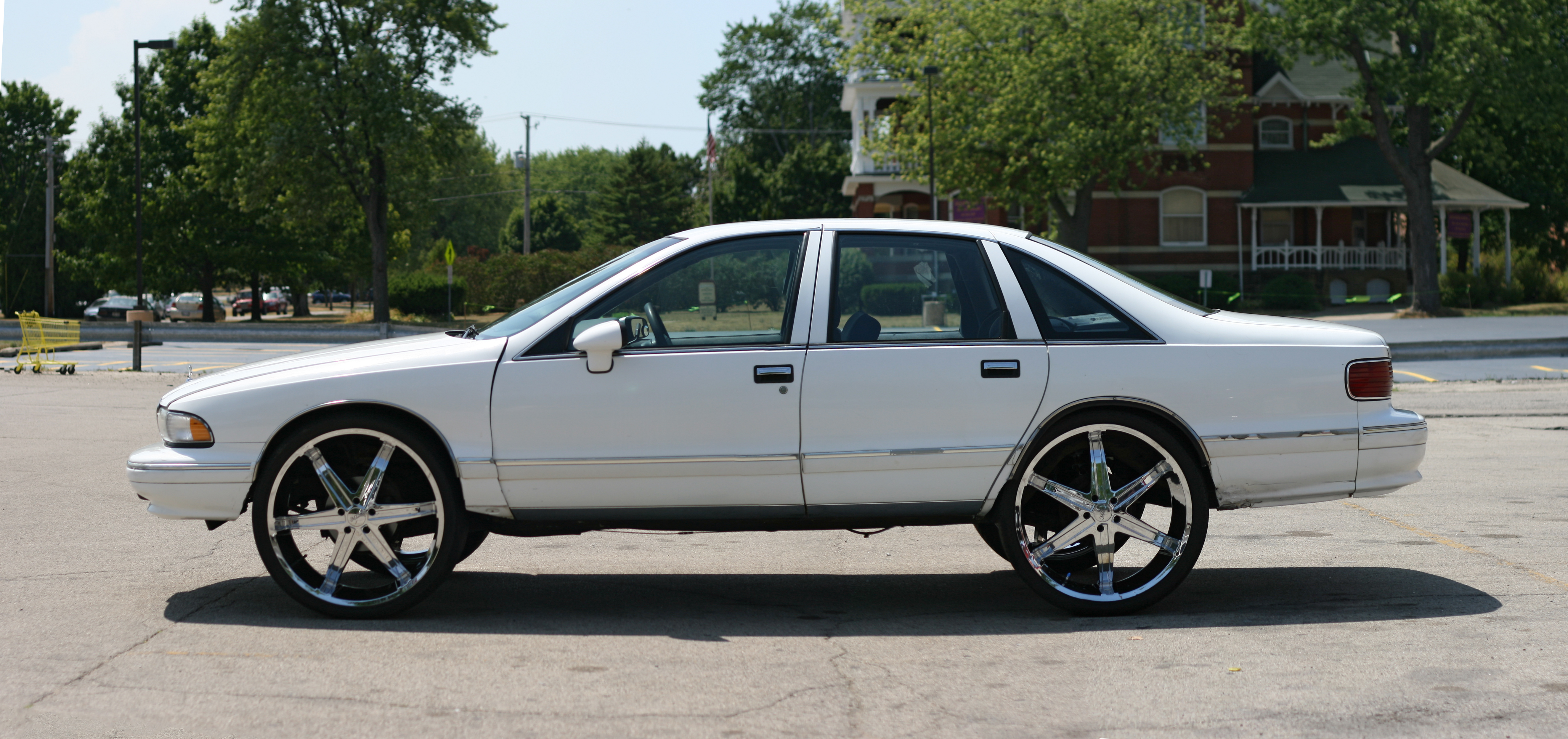 Typical African-American car, African, Parking, Wheels, Tuning, HQ Photo