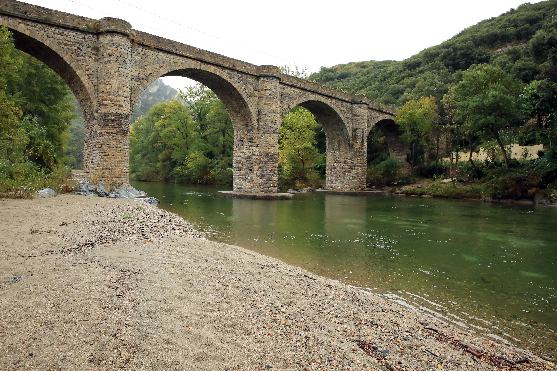 Un pont sur l'orb photo