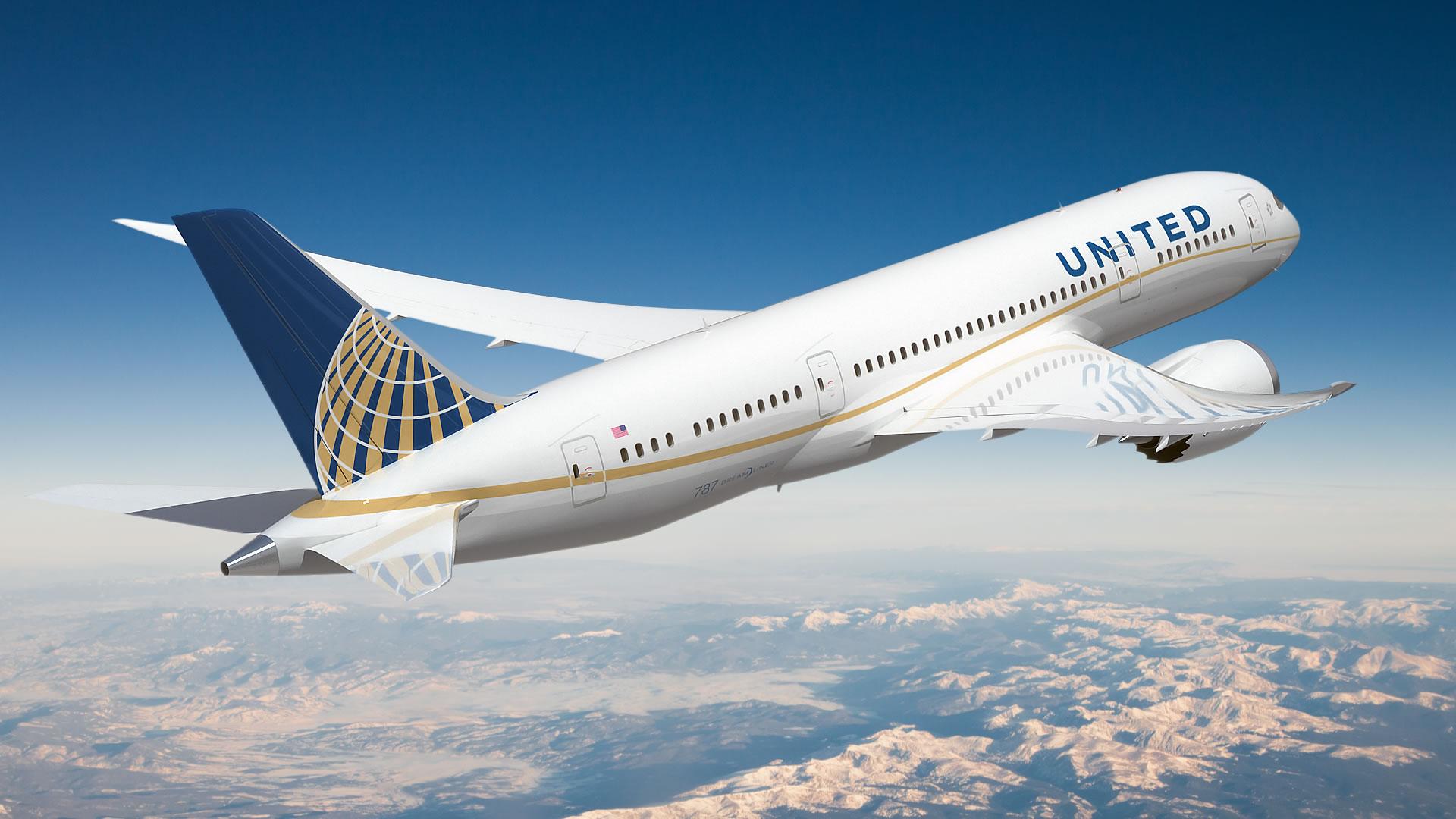 United airplane photo