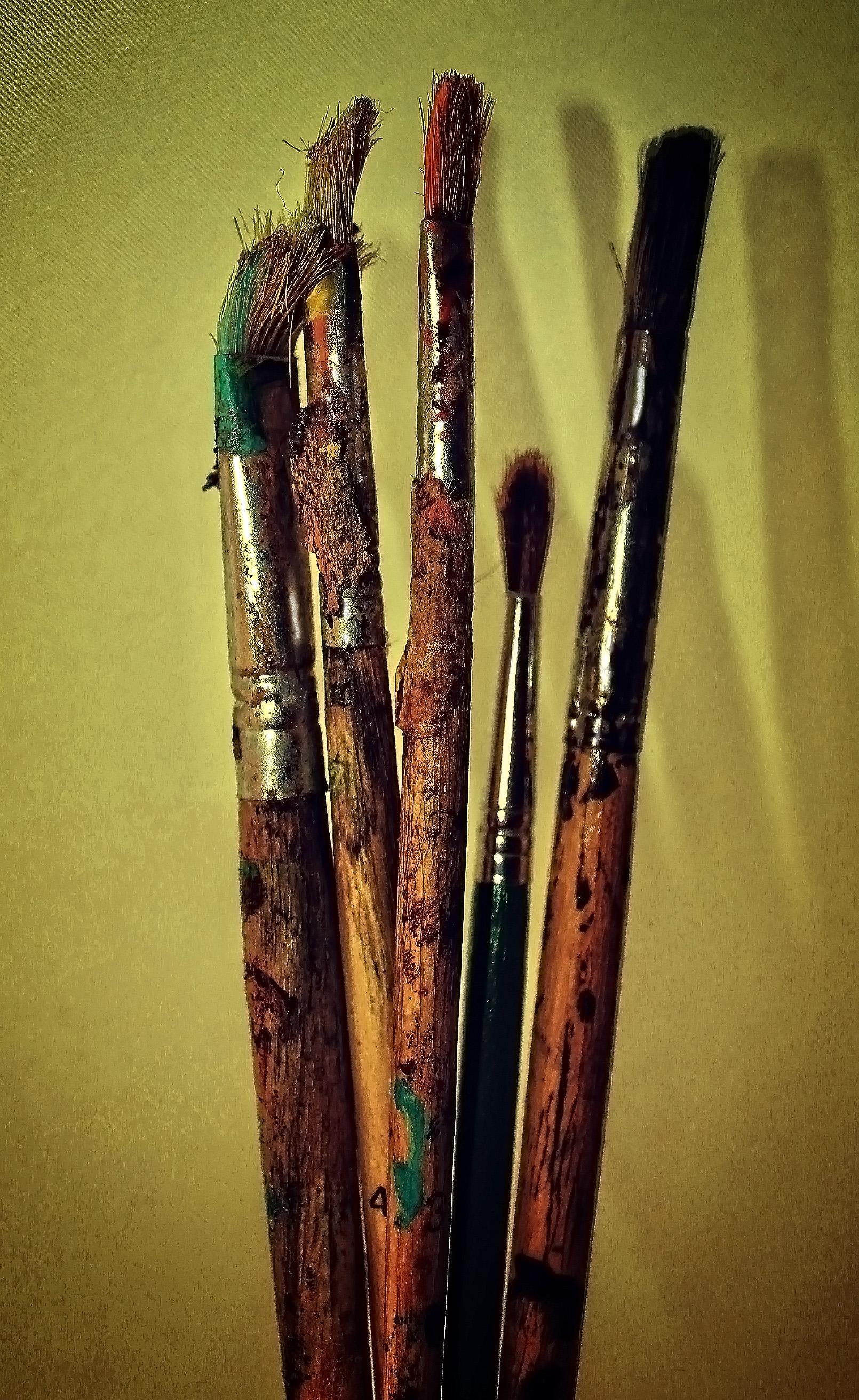 Used paintbrushes - noisy grunge looks photo