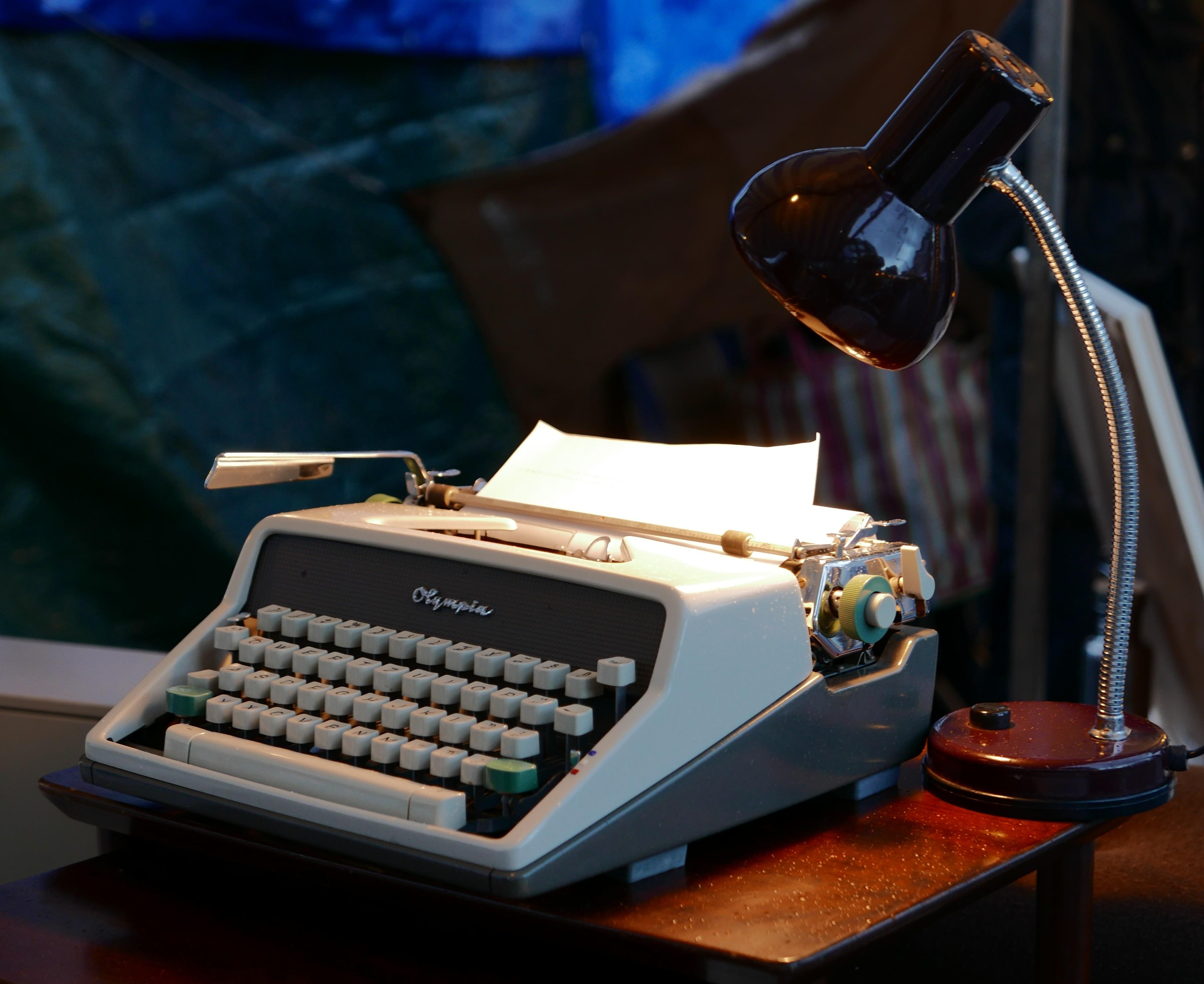 Utrecht le Bazarre, Vintage, Typewriter, Night, HQ Photo