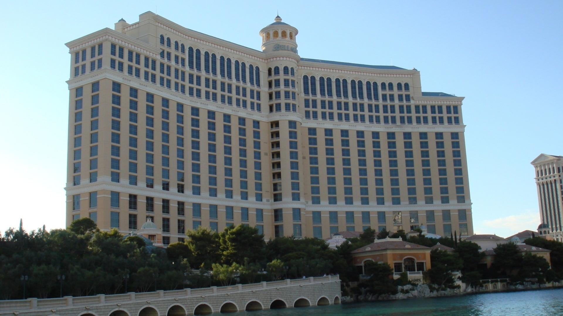 Download Wallpaper 1920x1080 las vegas, buildings, bellagio hotel ...