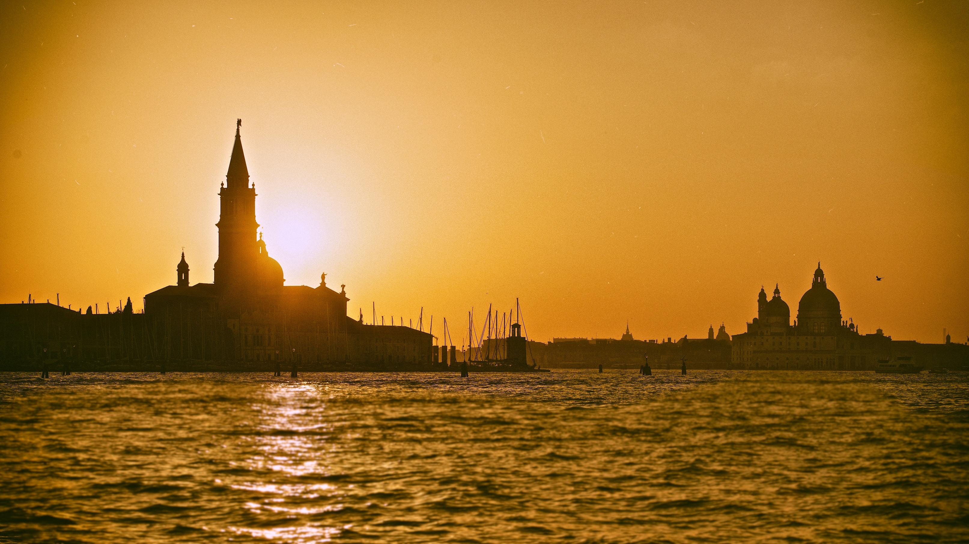 Sunset in Venice – AG Studio