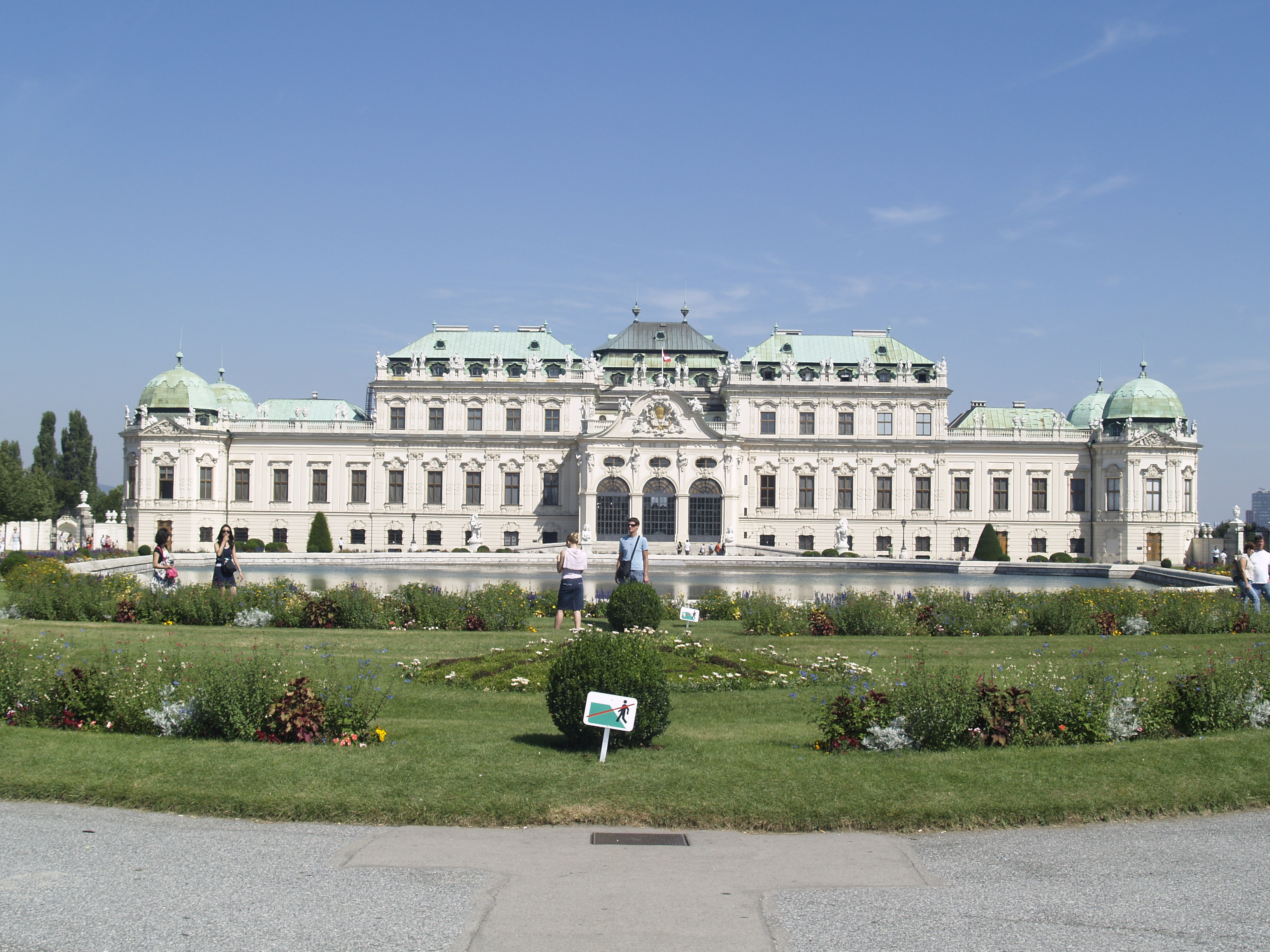 Vienna - belvedere palace photo
