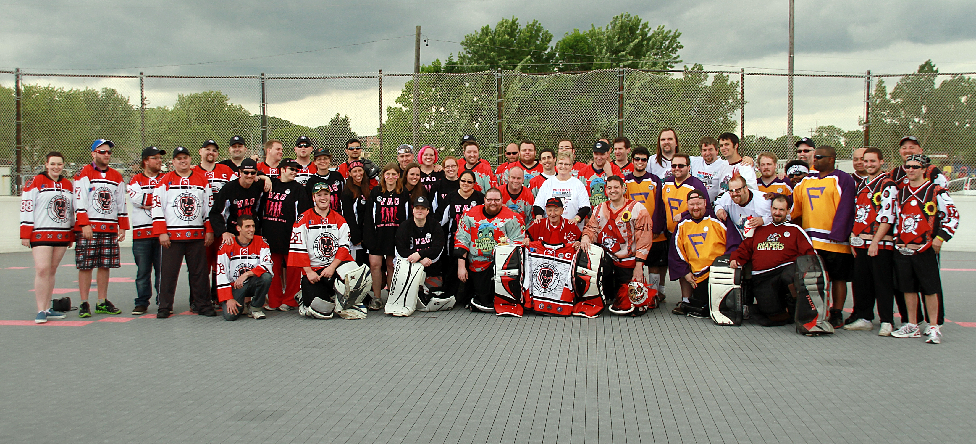 Walter Gretzky Street Hockey View Askew - Ontario Lung Association