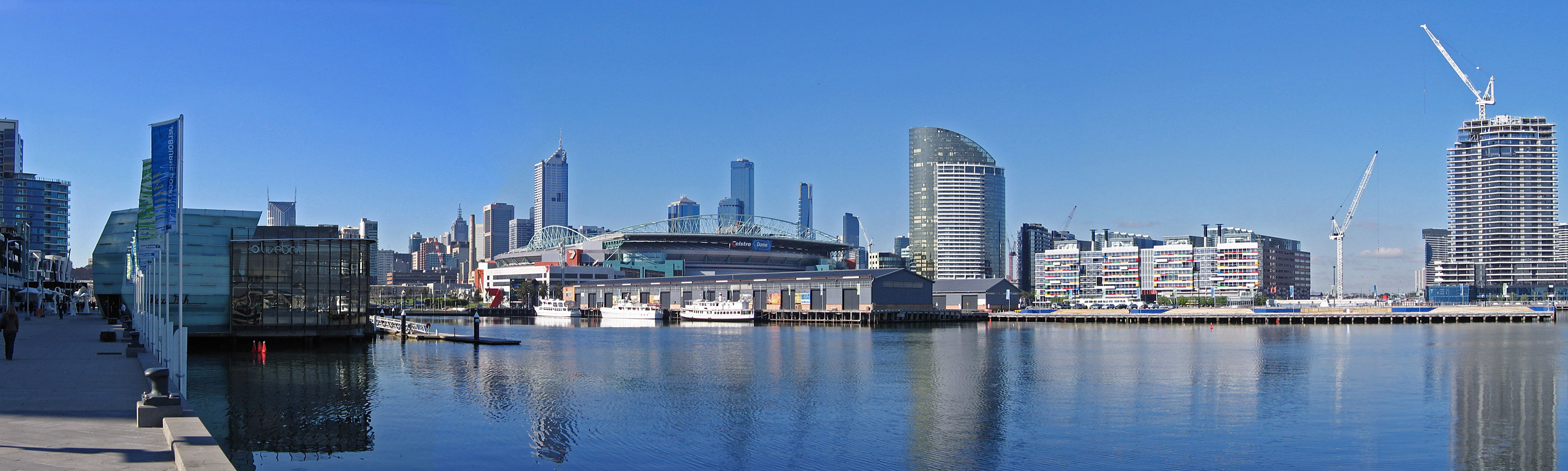 File:Melbourne from Waterfront City, Docklands Pano, 20.07.06.jpg ...