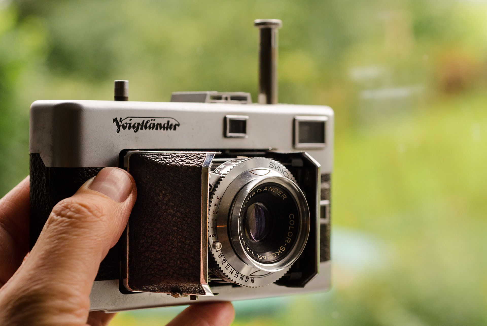 Vintage Camera, Camera, Hold, Lens, Object, HQ Photo
