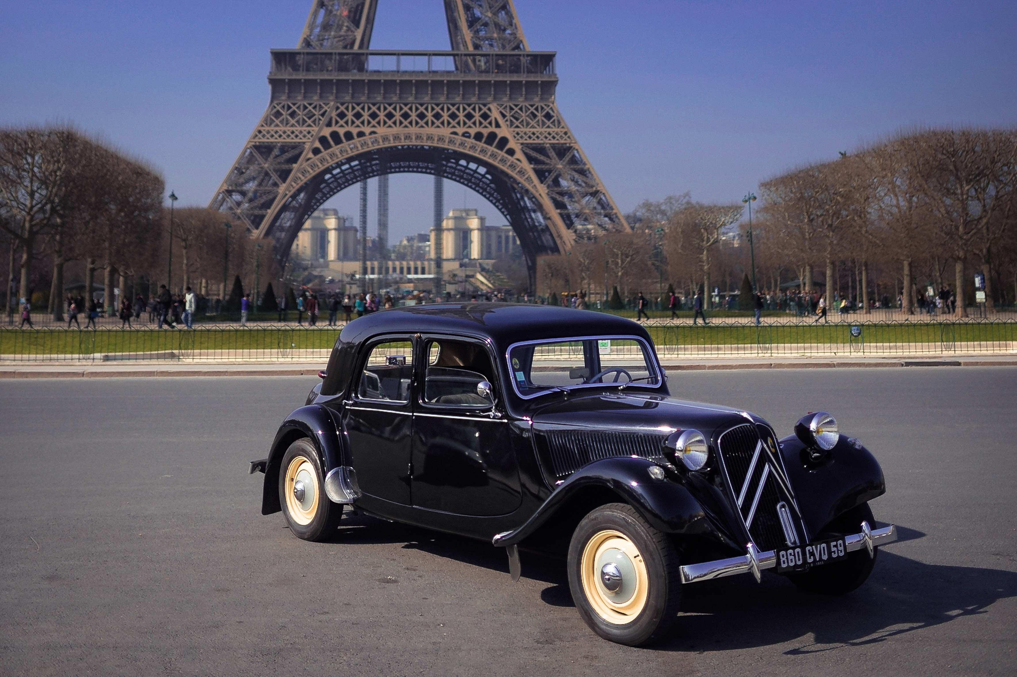 Free photo: Vintage Car - showroom, vintage, ride - Non-Commercial ...
