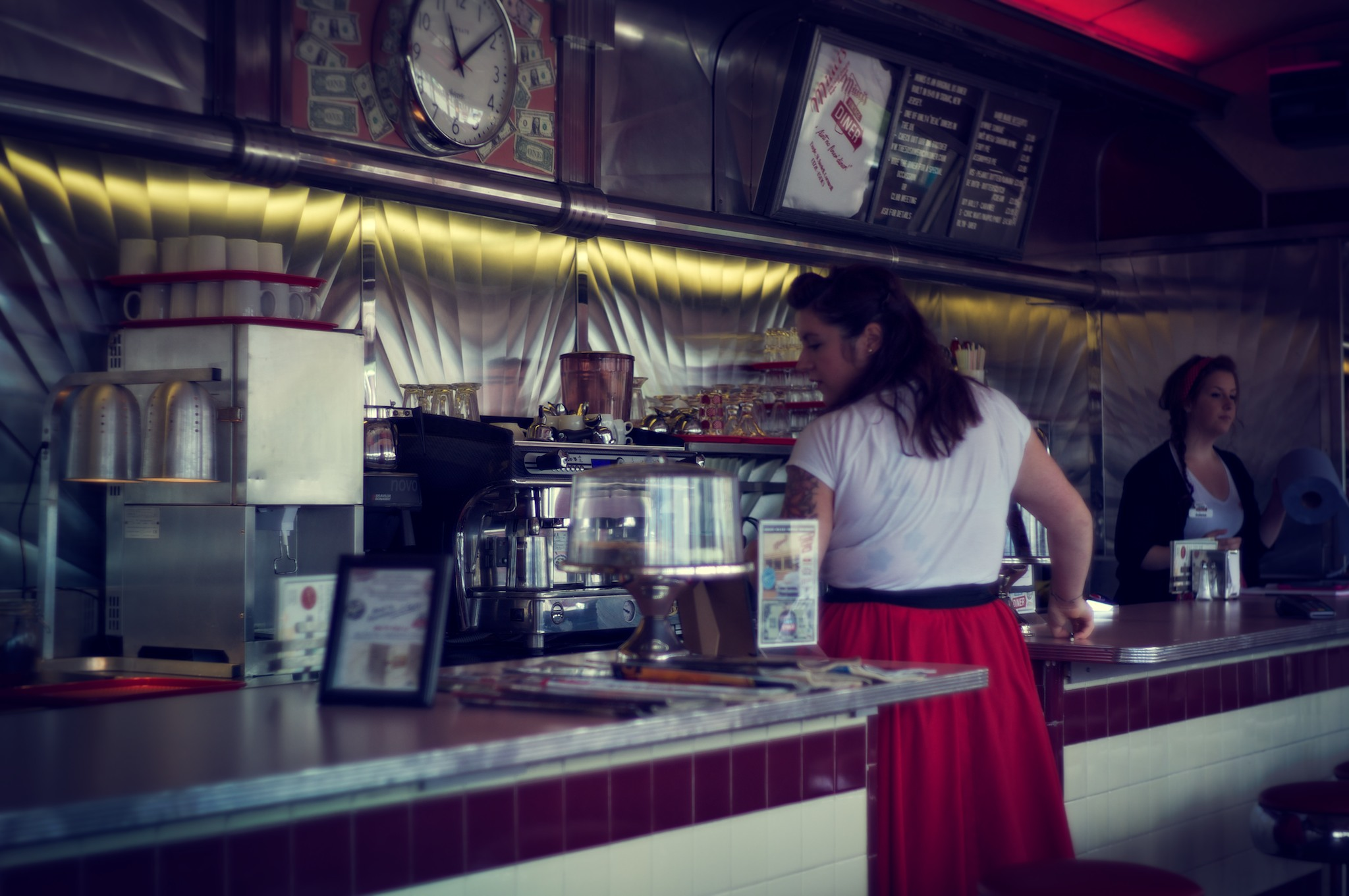 Free Photo Vintage Diner Interior Table Scene Free Download Jooinn
