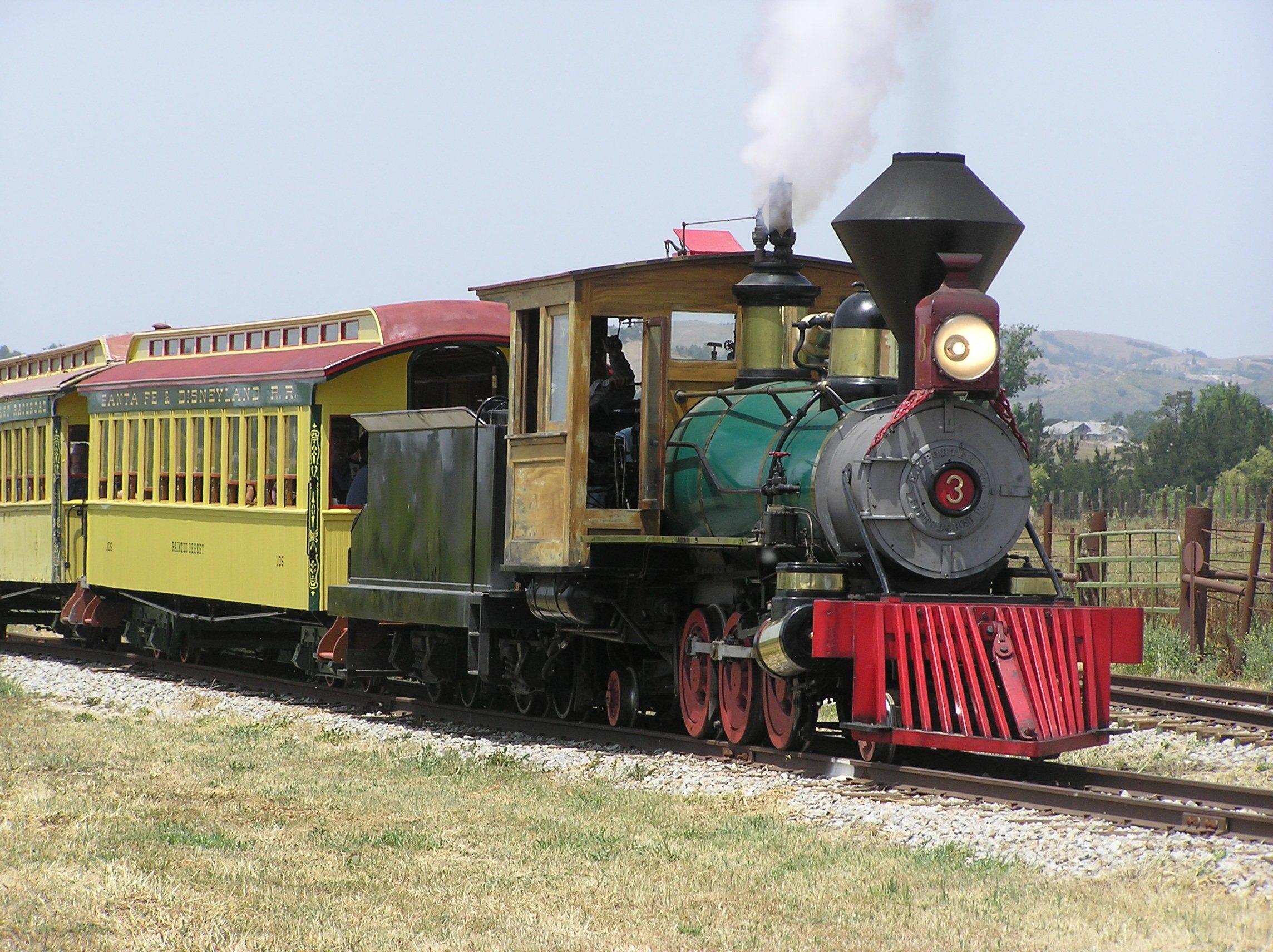 Pacific Coast Railroad Roundup Adds Vintage Steam Engines   TrainTalk.TV