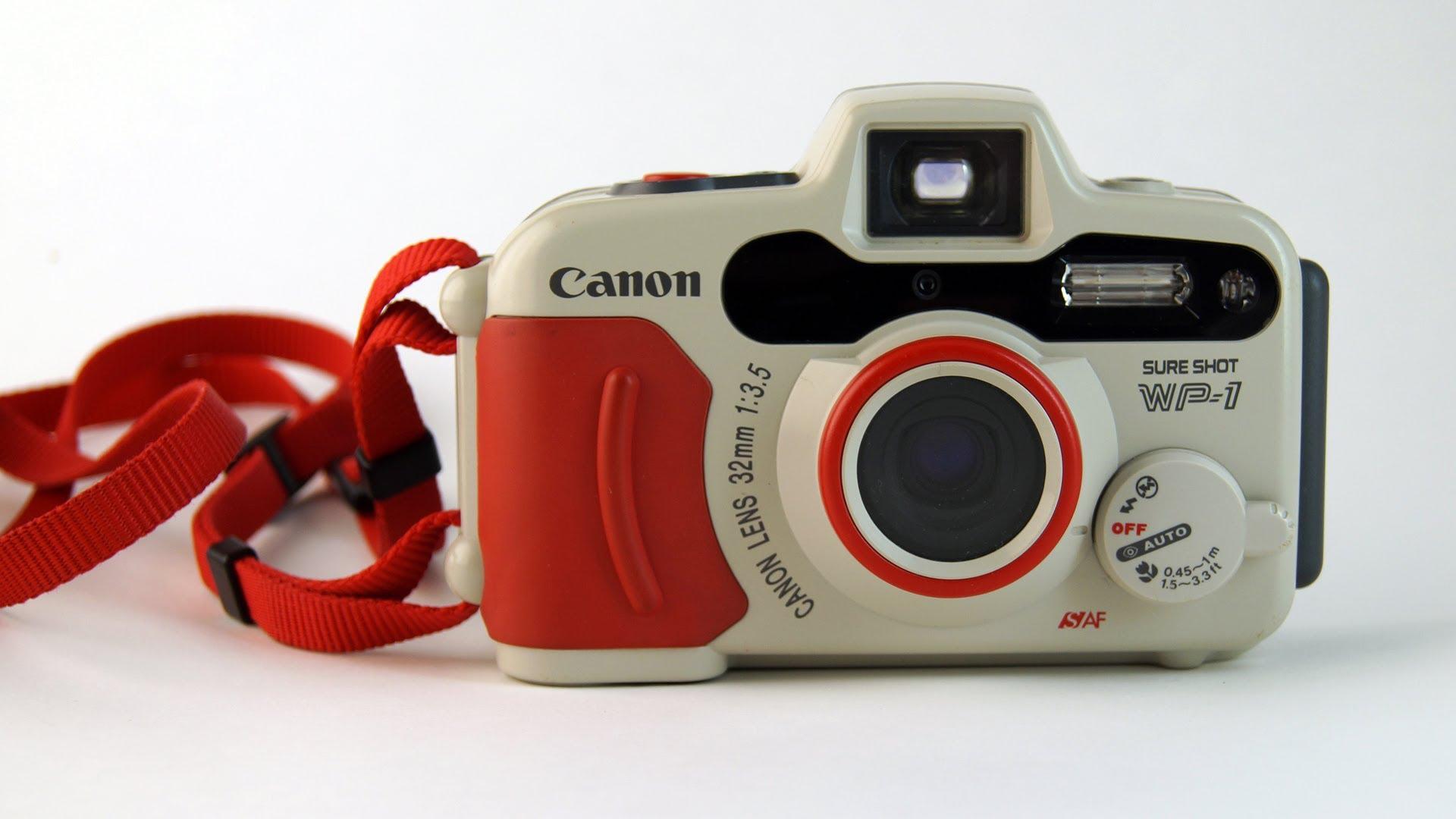 Vintage underwater camera photo