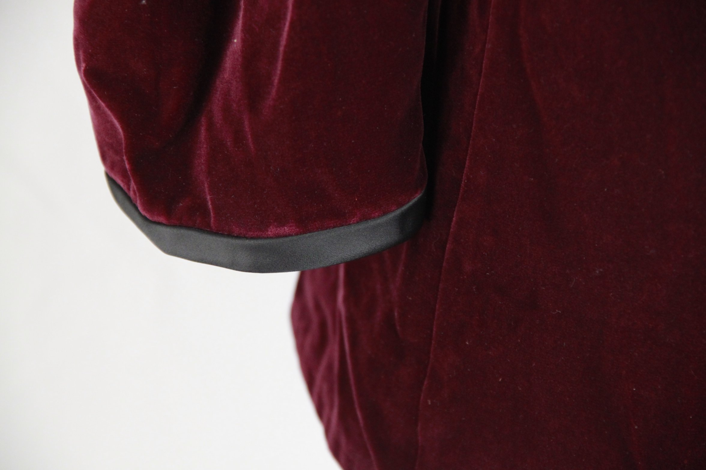 SAINT LAURENT Vintage Purple Velvet JACKET Size 44 For Sale at 1stdibs