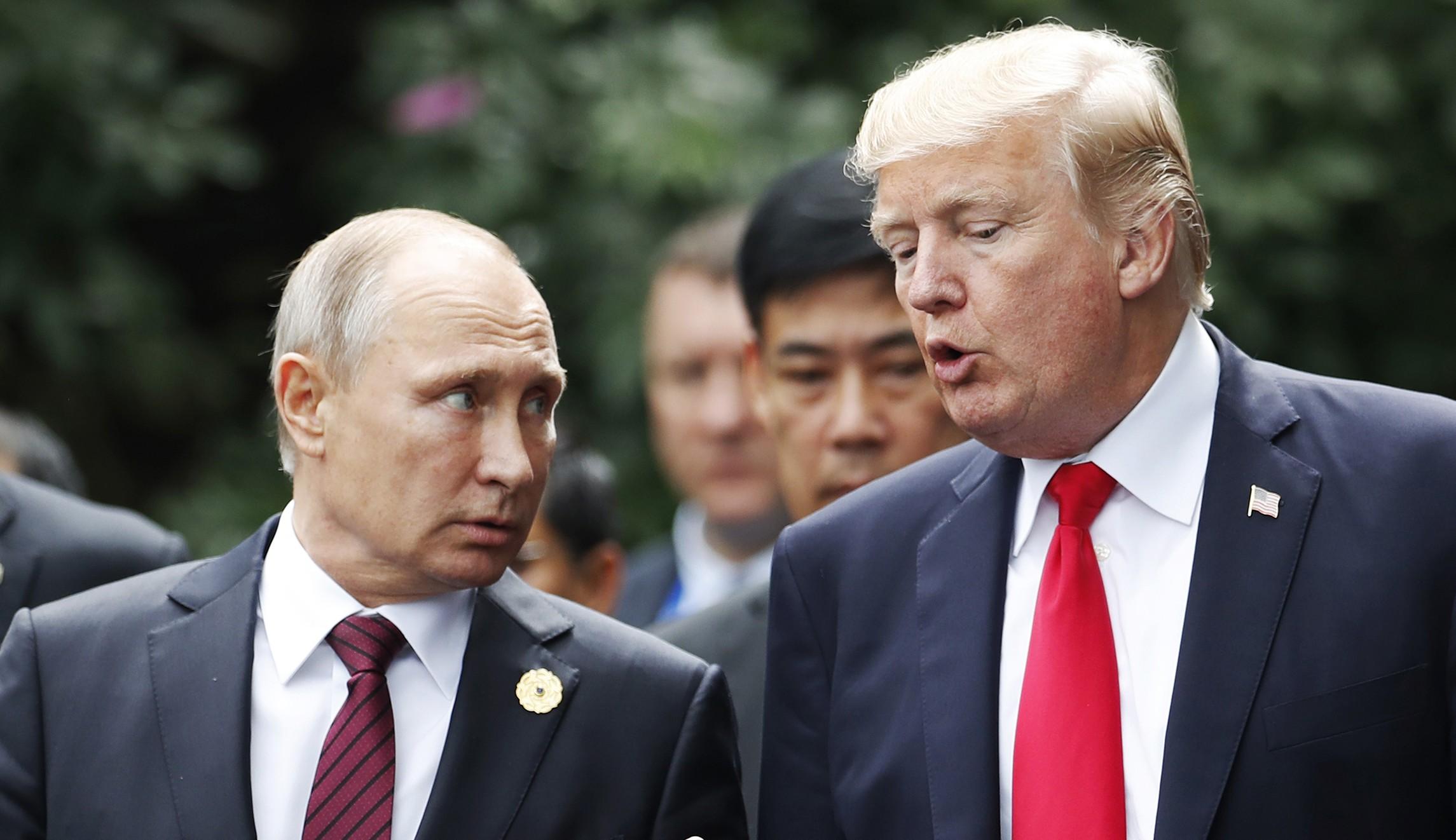 James Clapper: Vladimir Putin is 'handling' Trump like a Russian ...