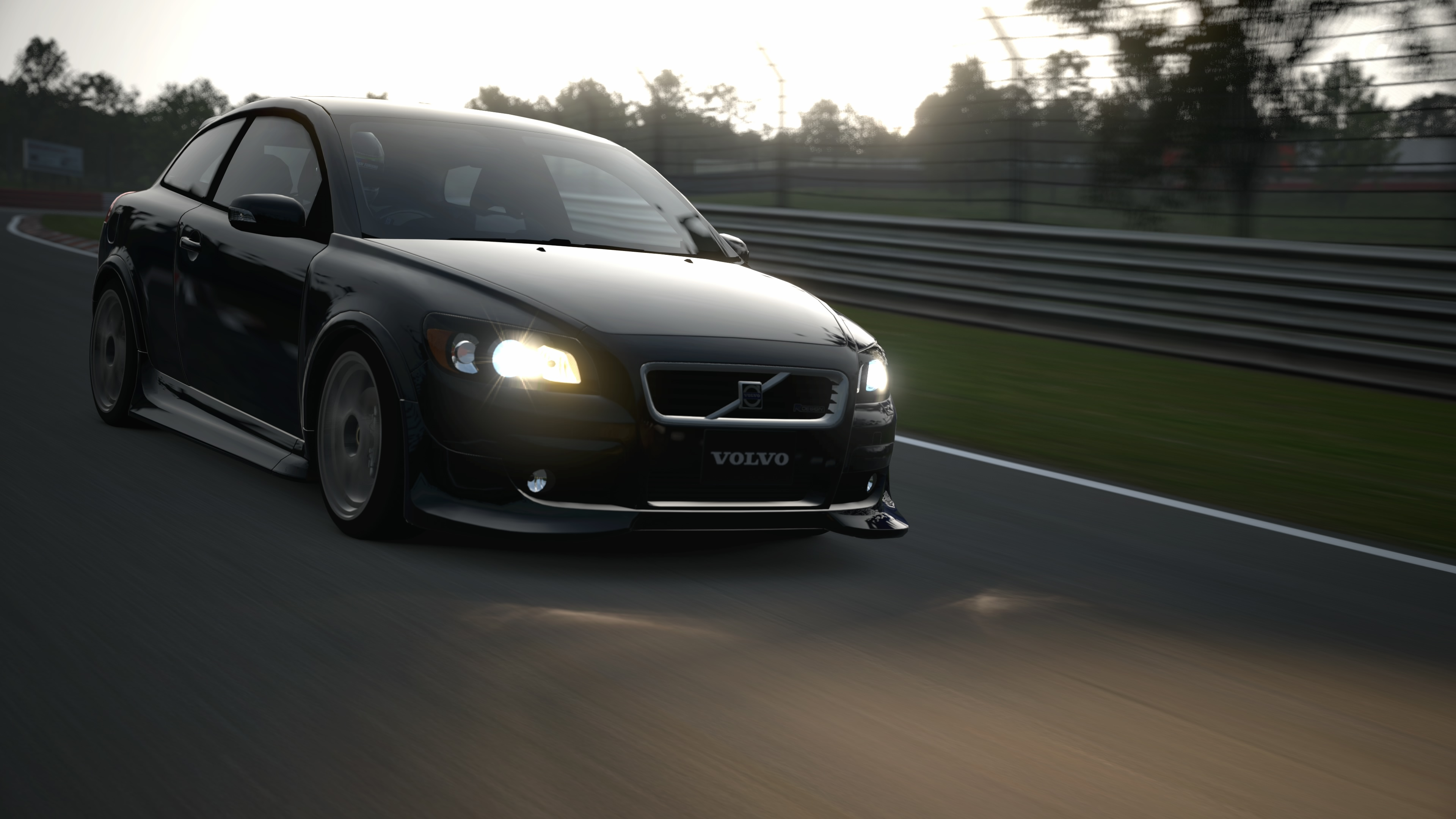 Volvo c30 r design 1 photo