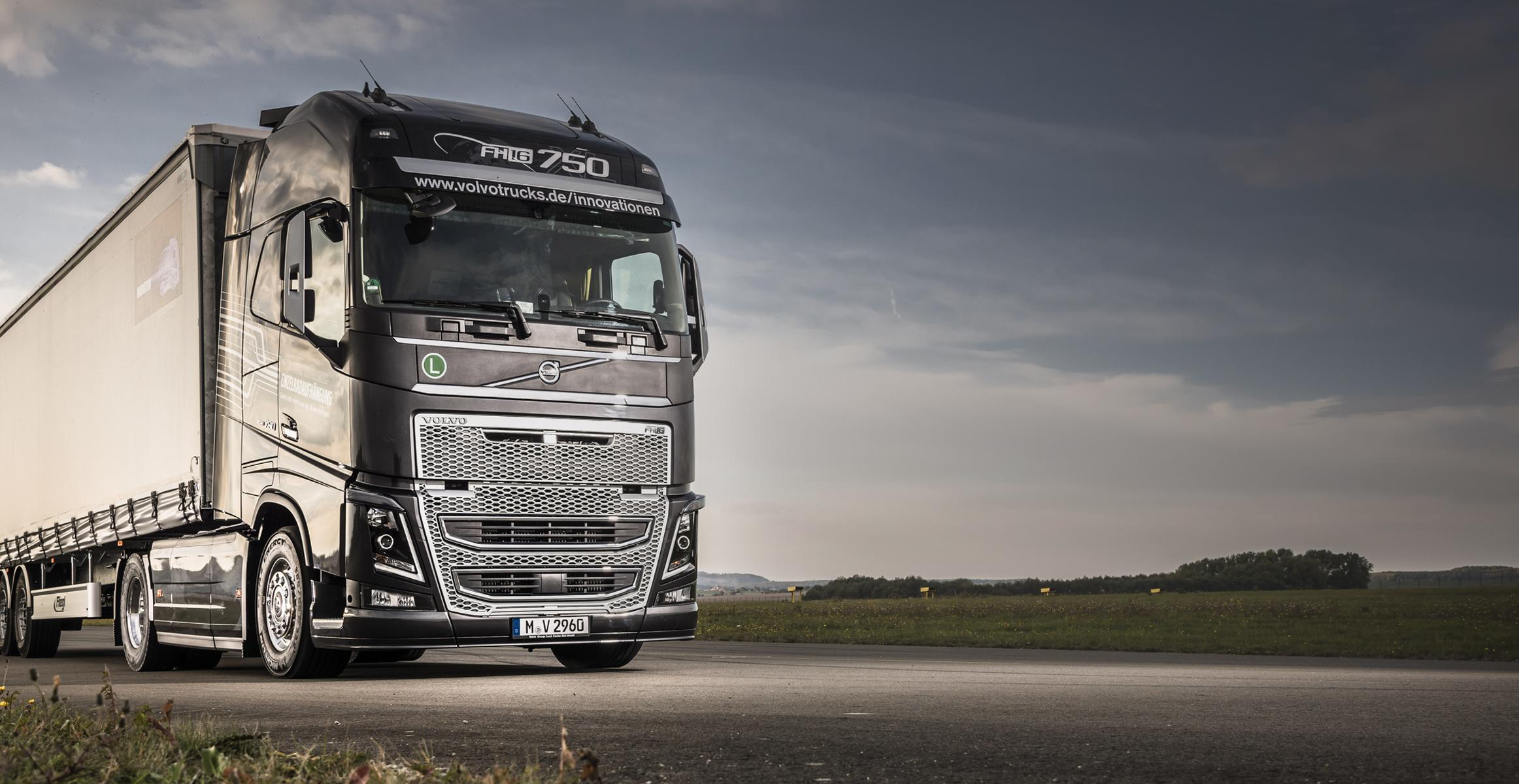 Volvo truck photo