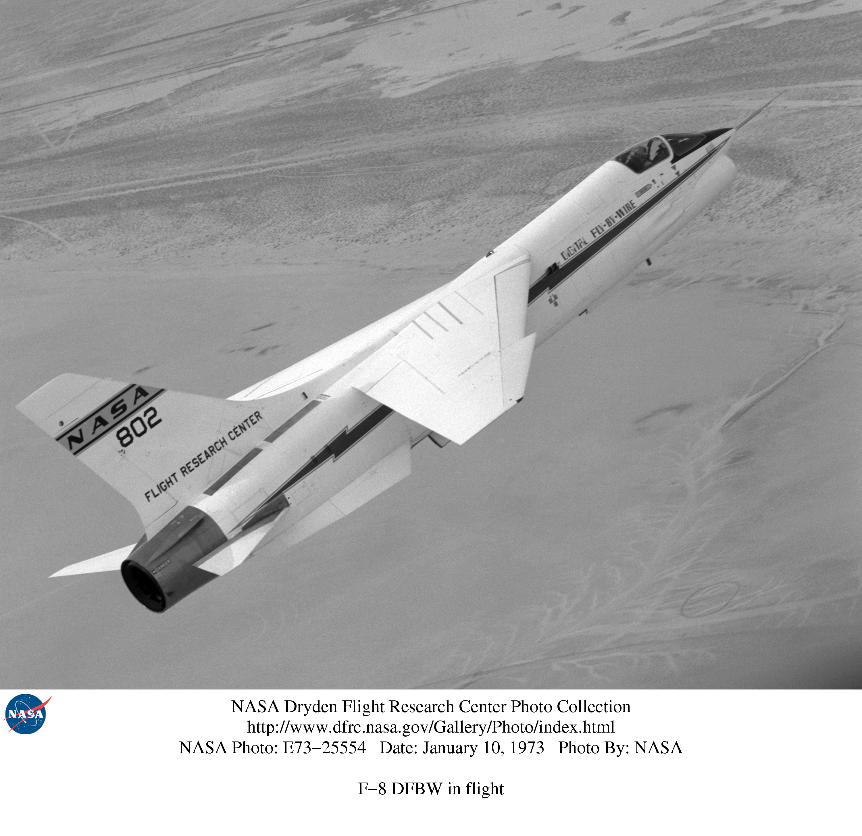 Vought f8u-2 crusader (buno 145546), (redesignated f-8c in 1962) to nasa as #802 dfbw (digital-fly-by-wire) photo