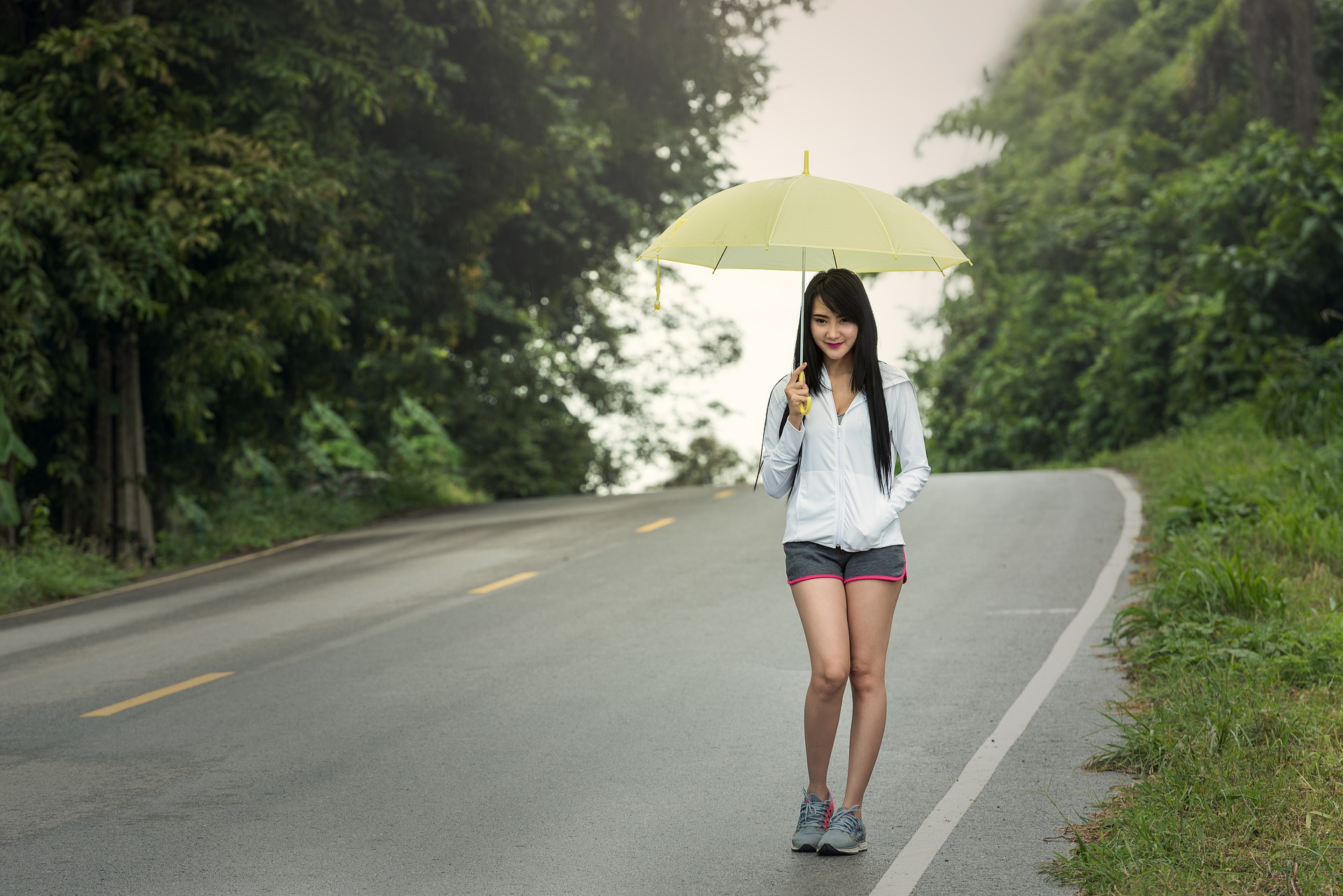 Pictures of naked asian girl with umbrella