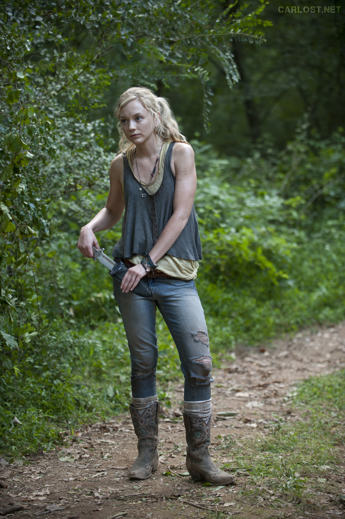 Petite Outfit Ideas: Outfit Inspired by Beth from Walking Dead ...