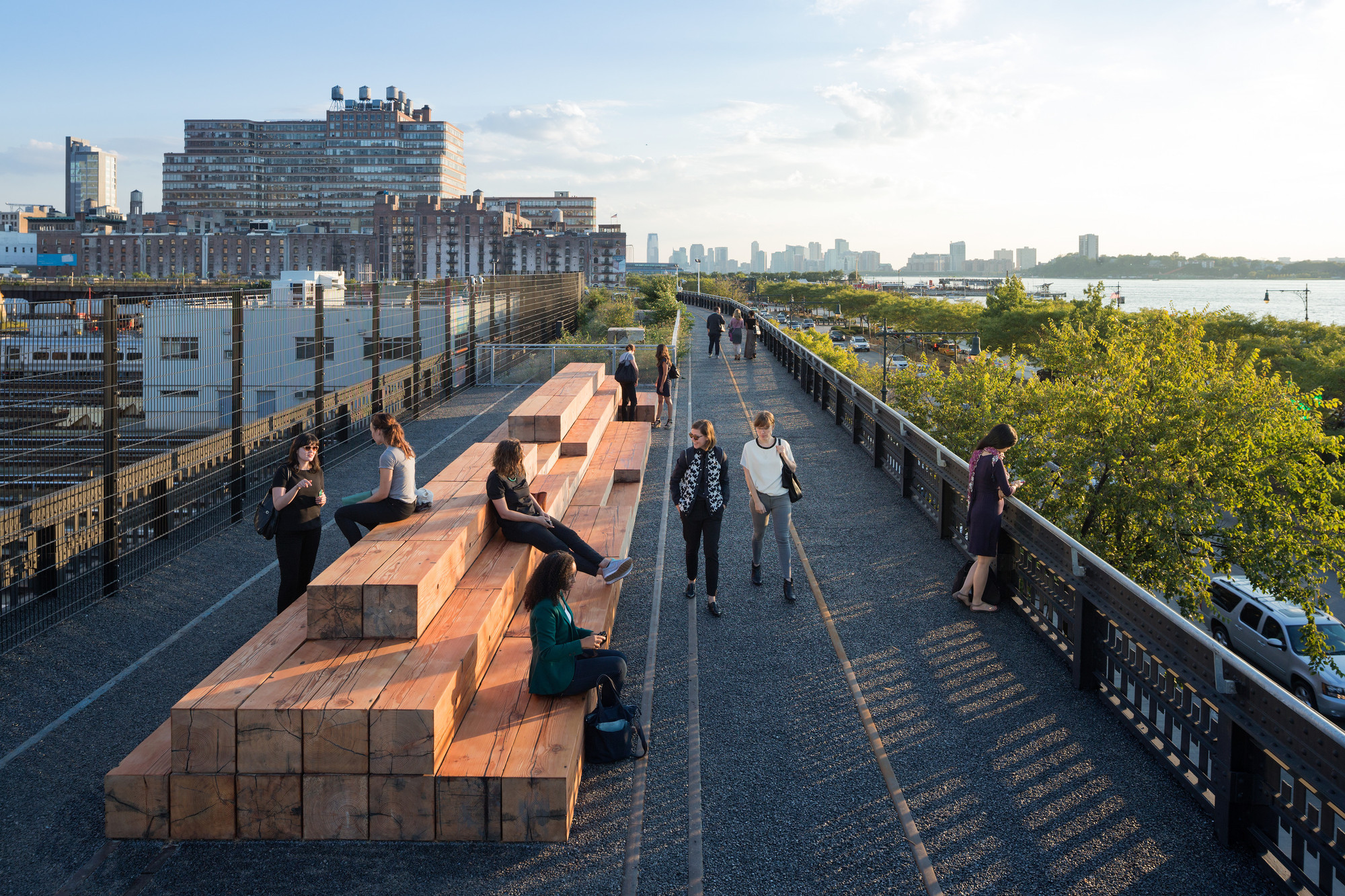 Gallery of Take a Walk on the High Line with Iwan Baan - 14